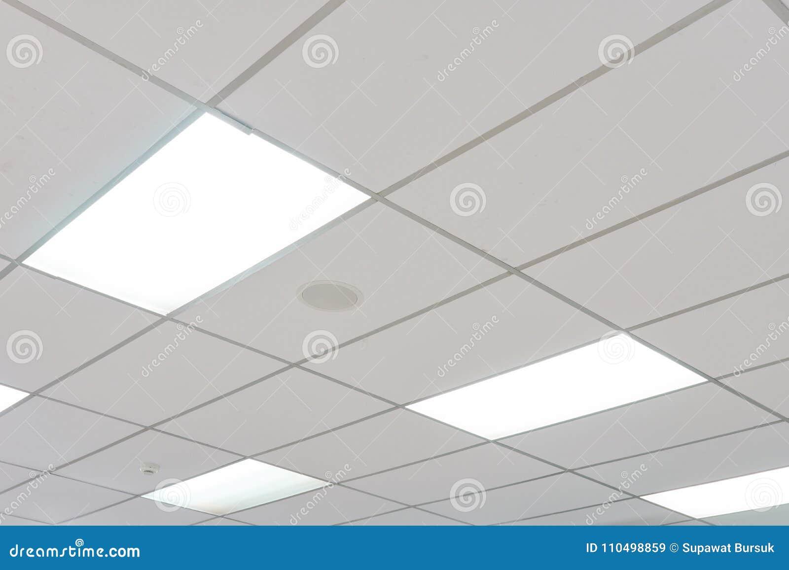 Neon De Decoration Interieur le plafond blanc avec des ampoules de lampe au néon uprisen