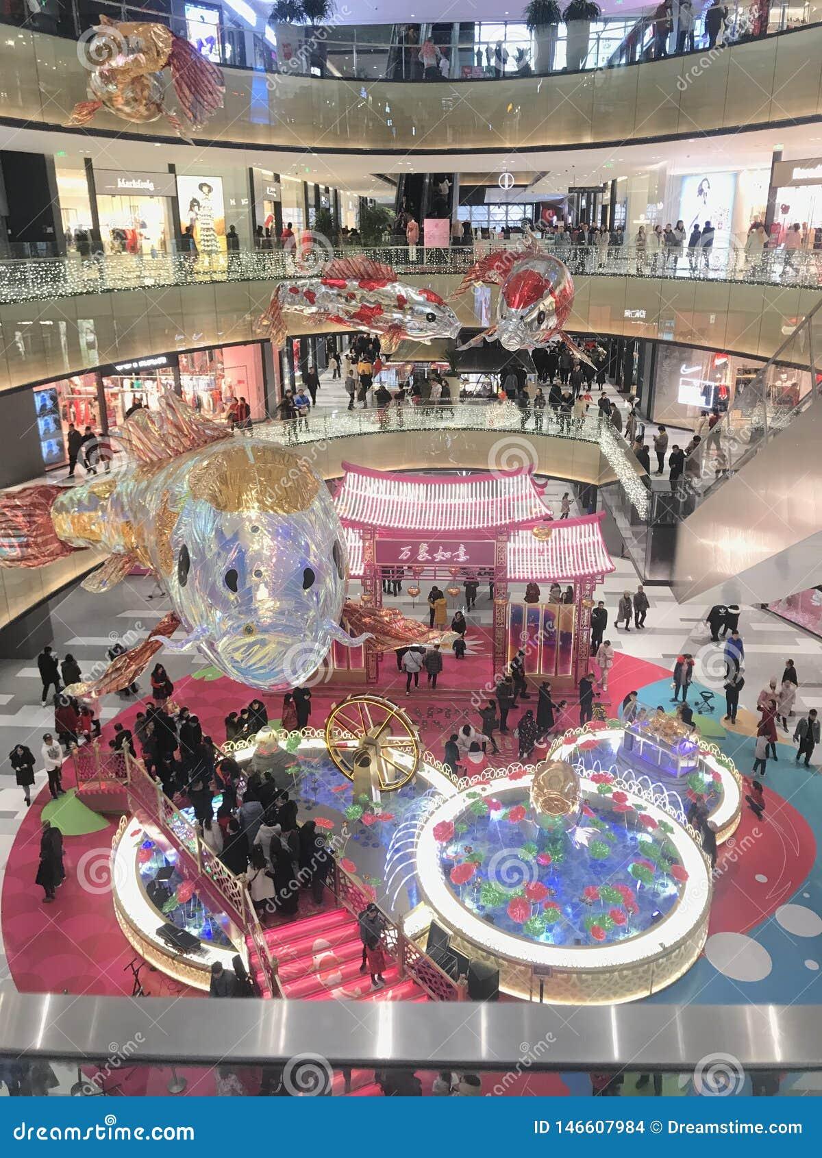 Le plus grand centre commercial dans la Chine du Nord est surchargé et serré