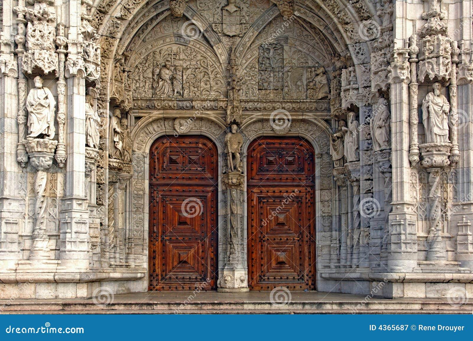Le portugal lisbonne architecture monast re de for Architecture lisbonne