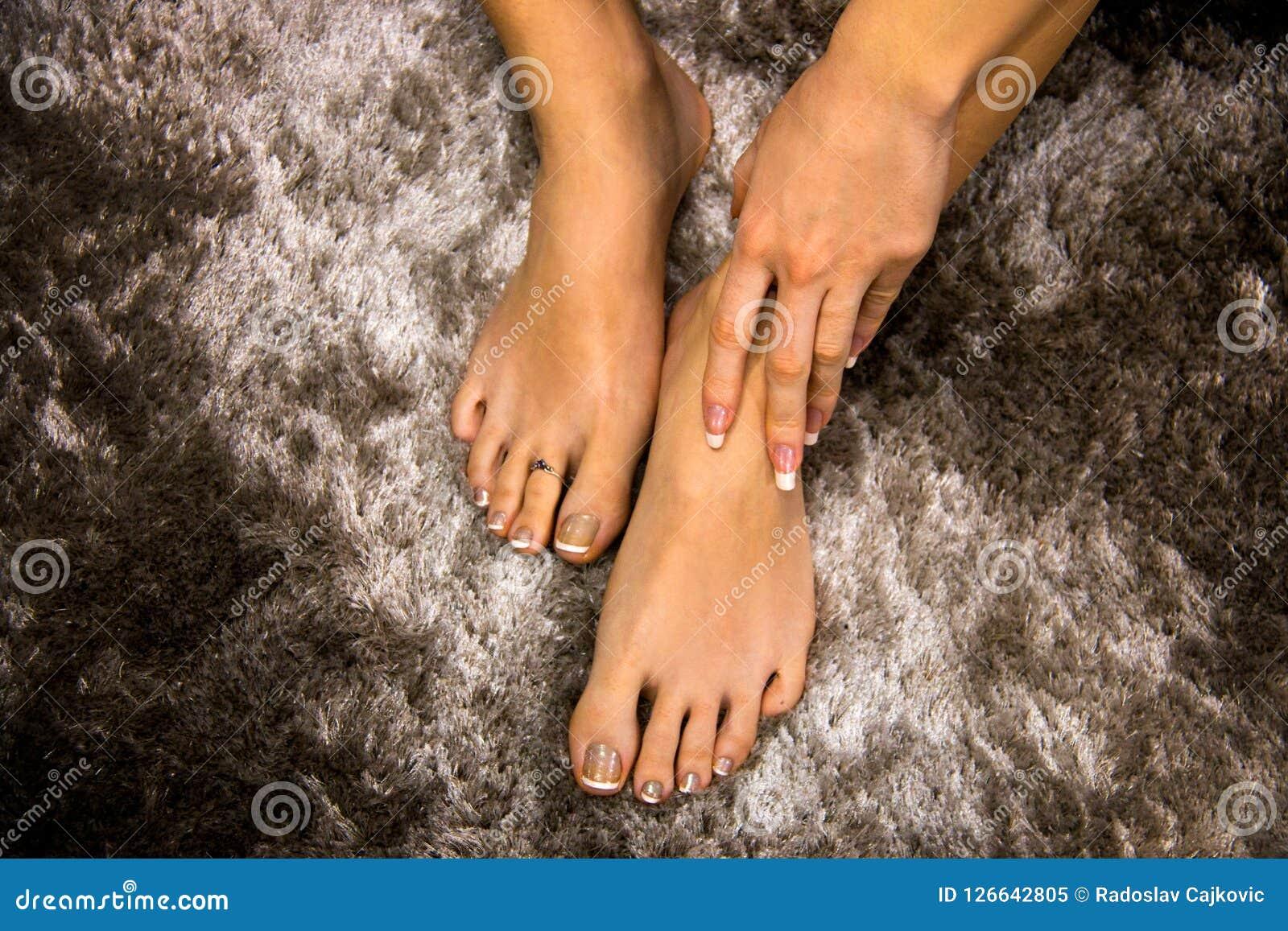 Fille noire pieds sexe