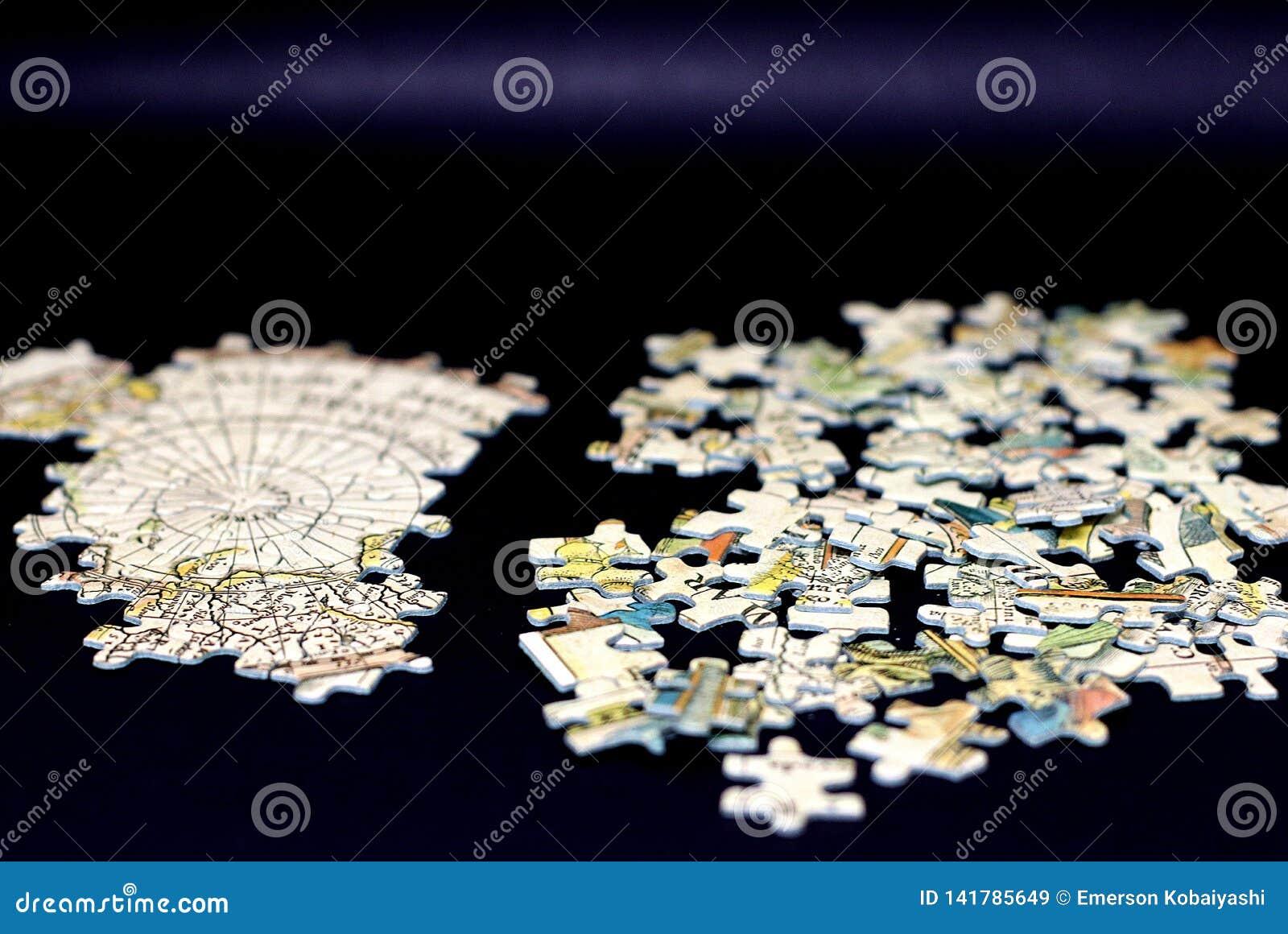 Le puzzle denteux
