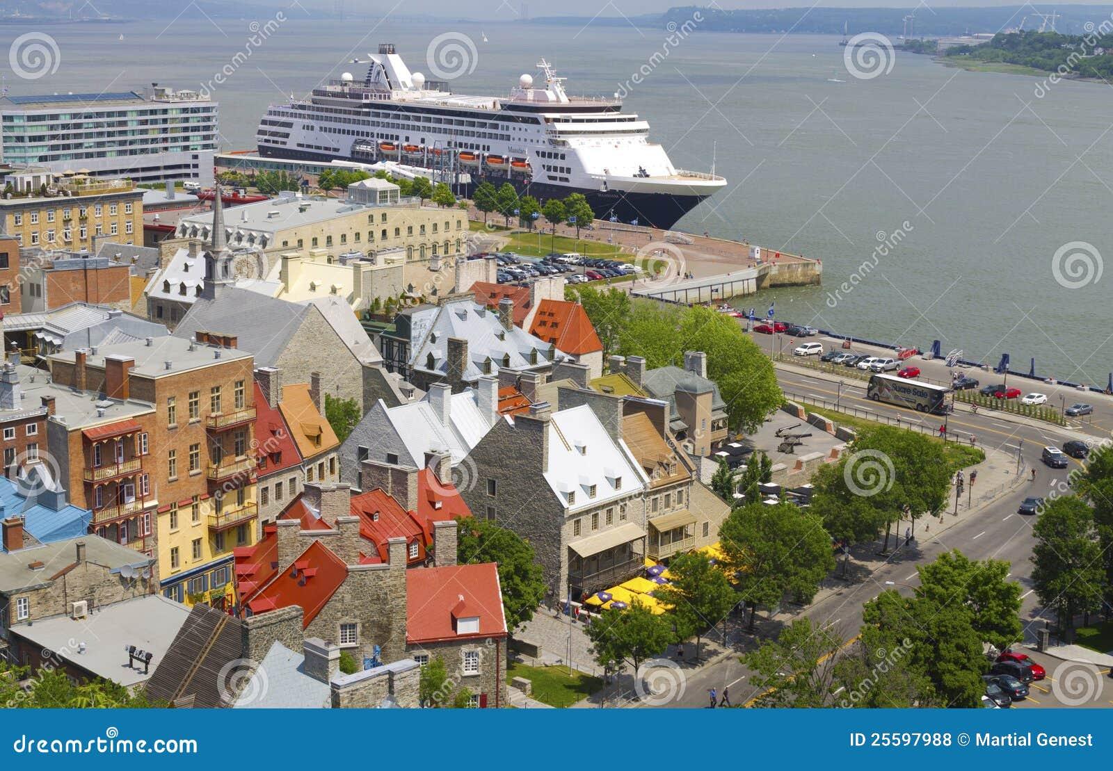 Le Québec abaissent la ville