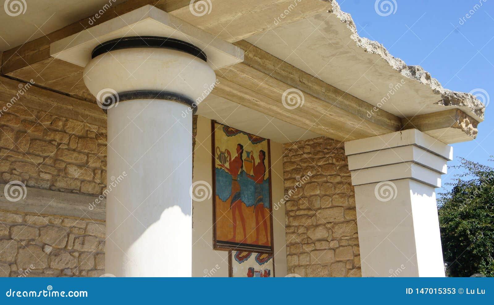Le Roi Minos De Ville De Colonne De Temple De Crete Cnossos Photo Stock Editorial Image Du Minos Ruine 147015353