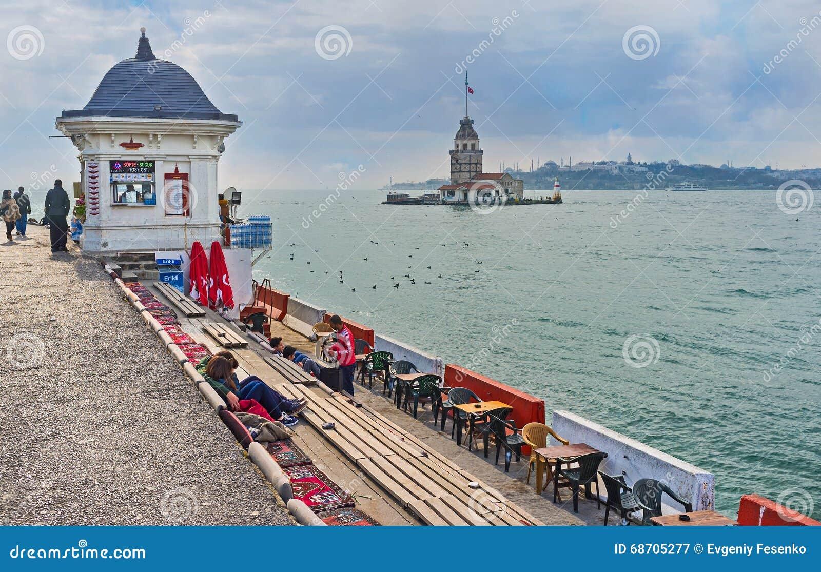 Le salon de thé à Istanbul photographie éditorial. Image du ...