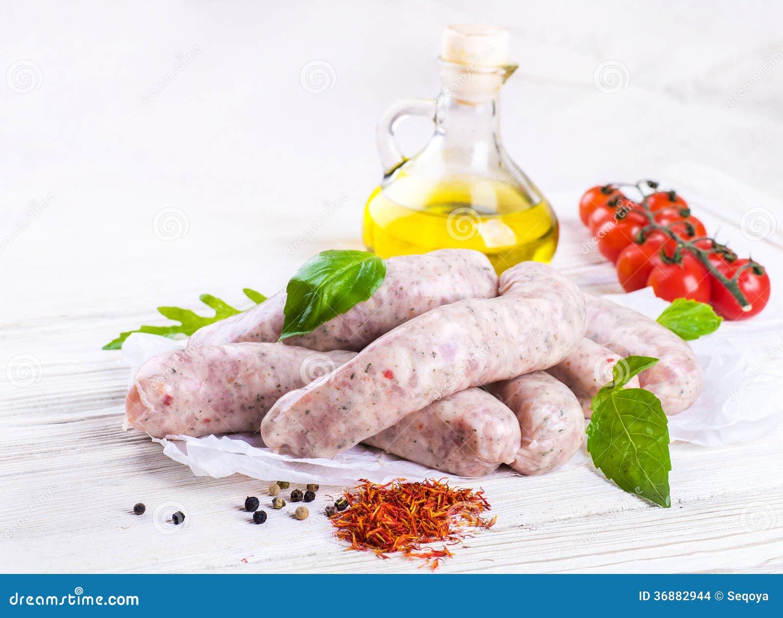Download Le Salsiccie Di Monaco Di Baviera Con I Pomodori Fotografia Stock - Immagine di festival, friggere: 36882944
