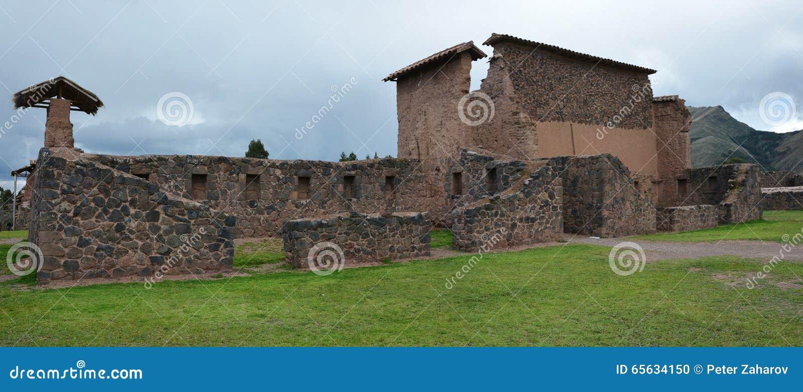 Le site d Inka chez Raqch i peru