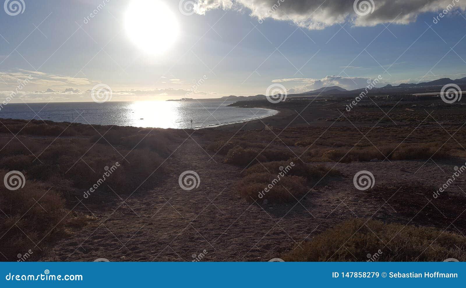 Le soleil s attaque dessus à la plage