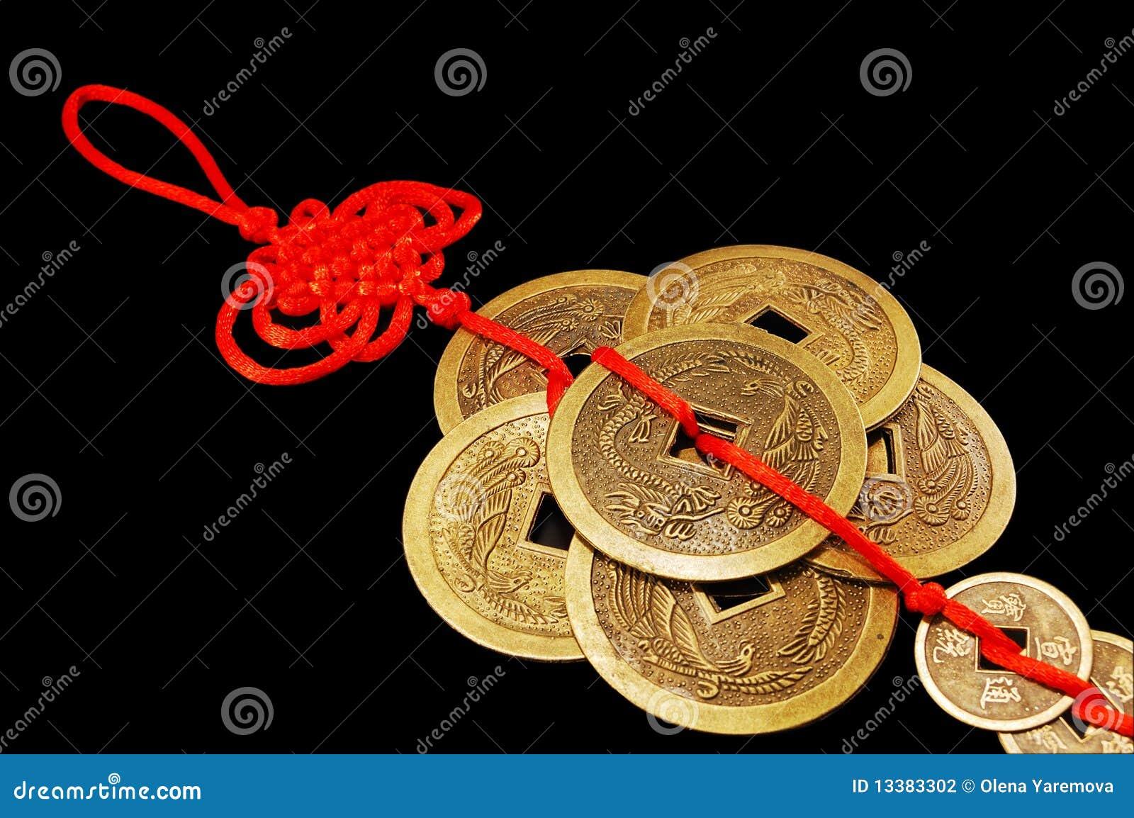 le symbole de feng shui six pi ces de monnaie chinoises photographie stock image 13383302. Black Bedroom Furniture Sets. Home Design Ideas