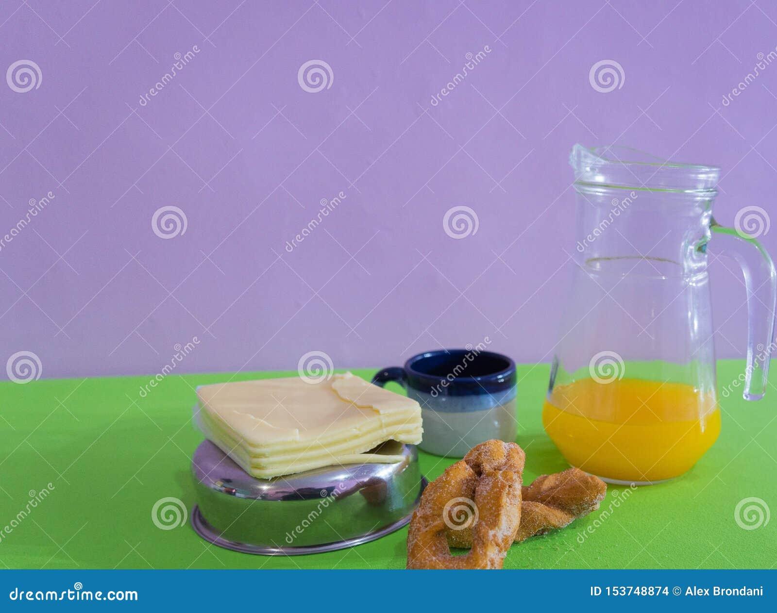 Le Tableau a servi au petit déjeuner 02 d après-midi