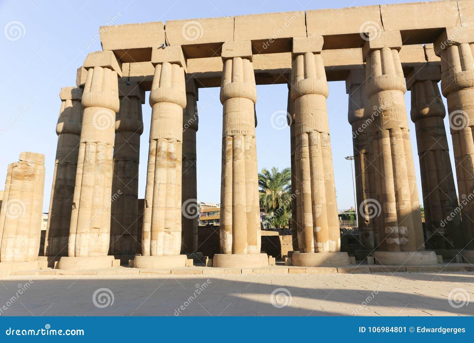 Le temple de Louxor - l Egypte