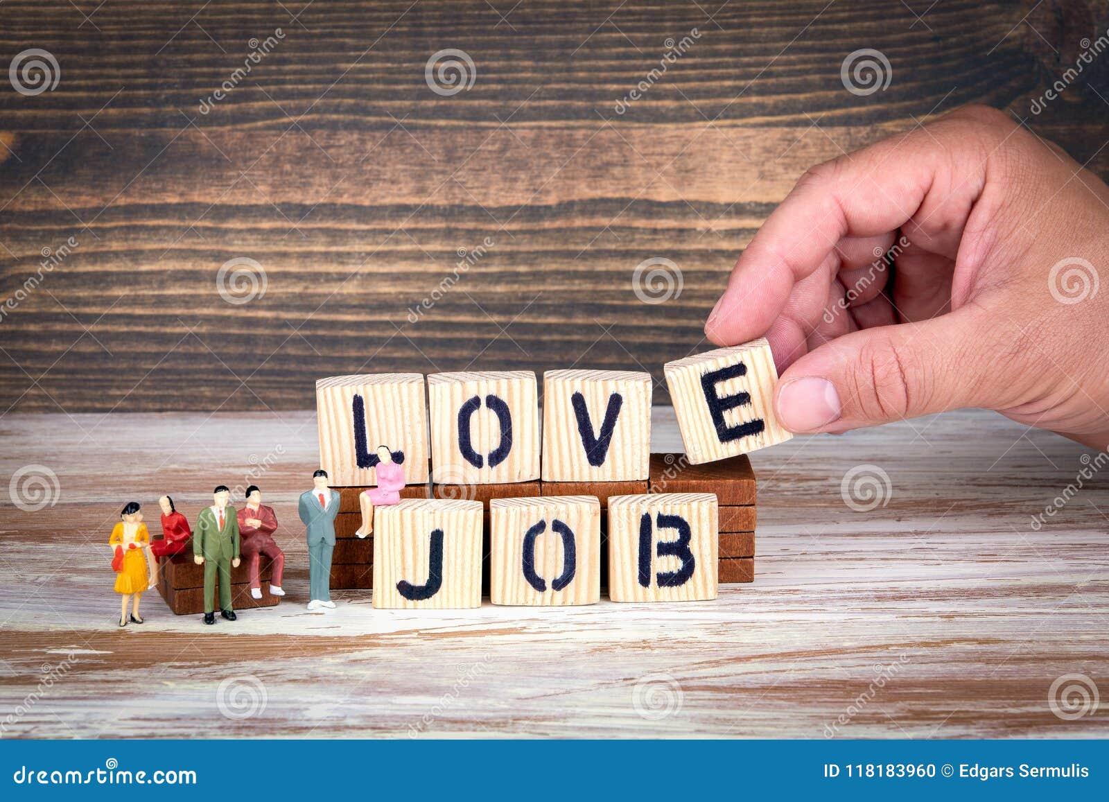 Le travail affaires et carrière d amour lettres en bois sur le