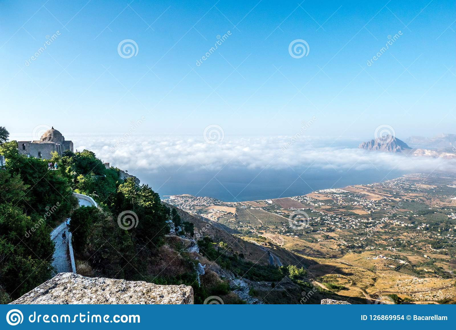 Le veiw d Erice regardant Golfo Castellammare, Sicile