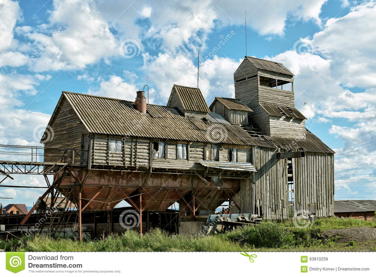 Le vieux dessiccateur de grain