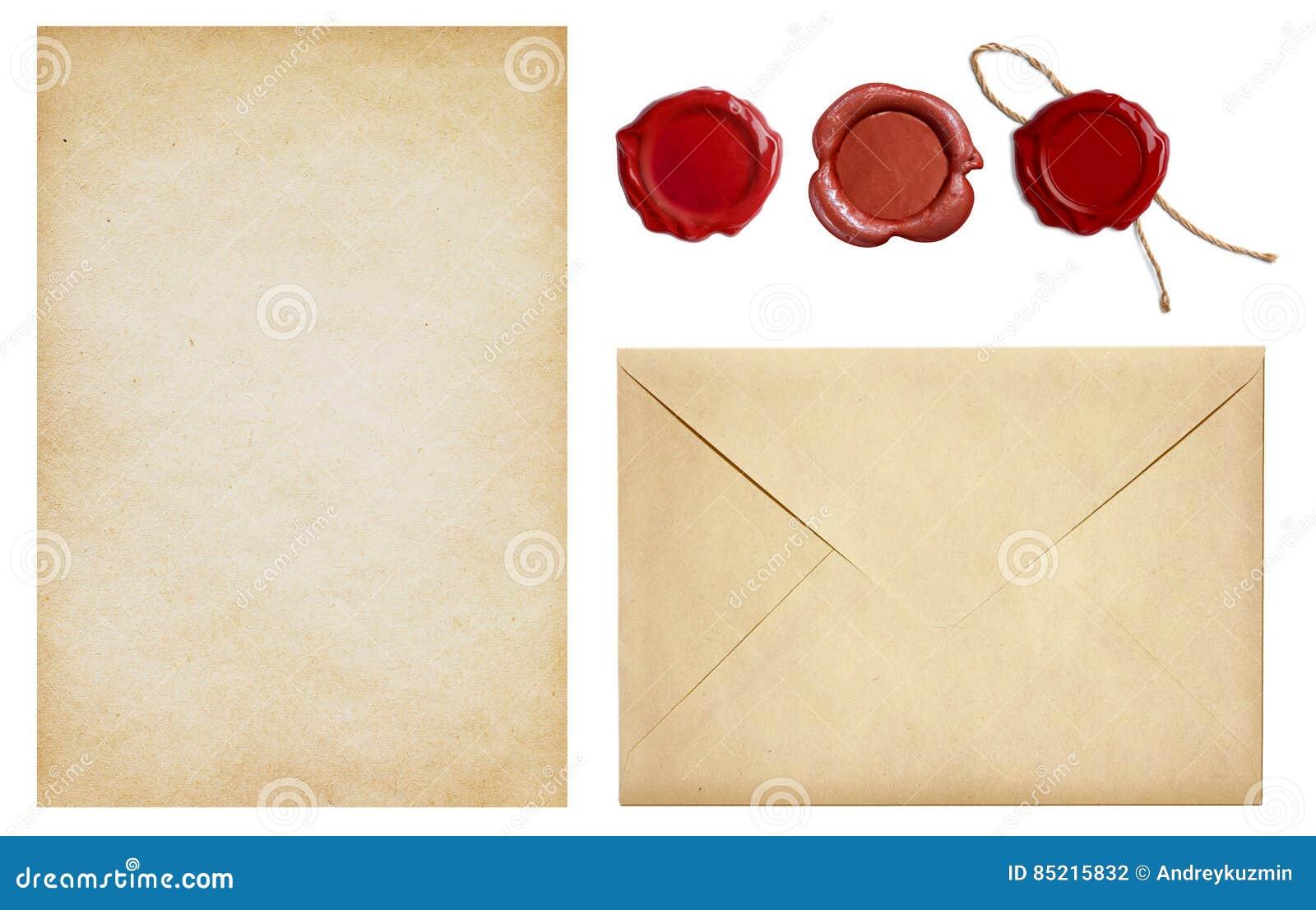 Le vieux papier d enveloppe et de lettre avec des timbres de joint de cire a placé d isolement