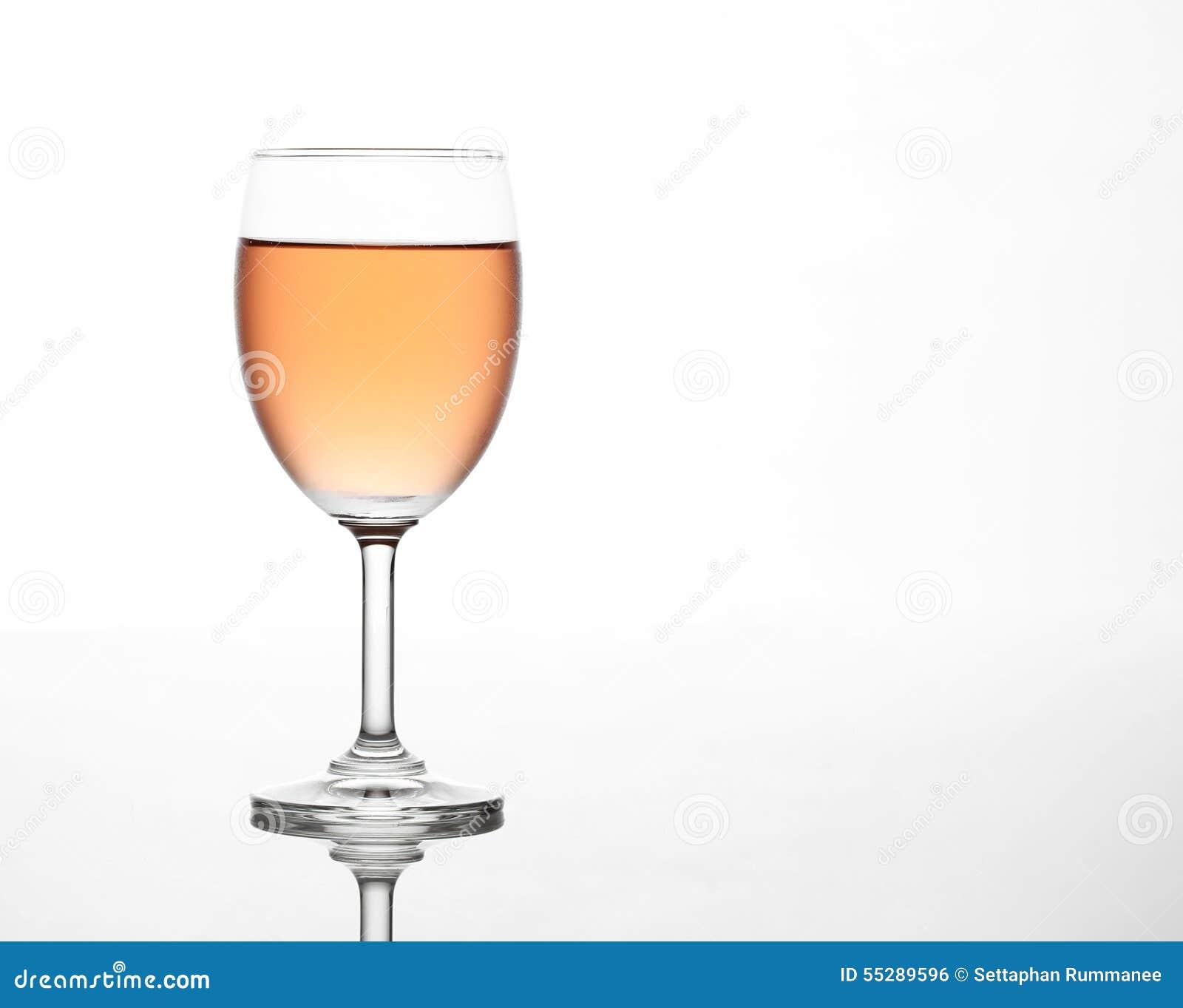 le vin ros de tincellement dans le verre de vin photo stock image 55289596. Black Bedroom Furniture Sets. Home Design Ideas