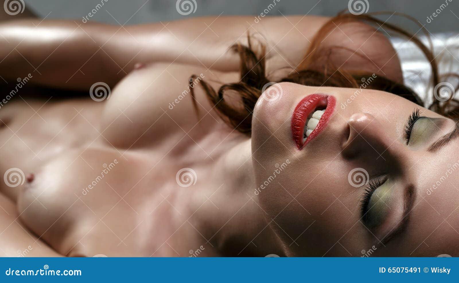 Close up nude women