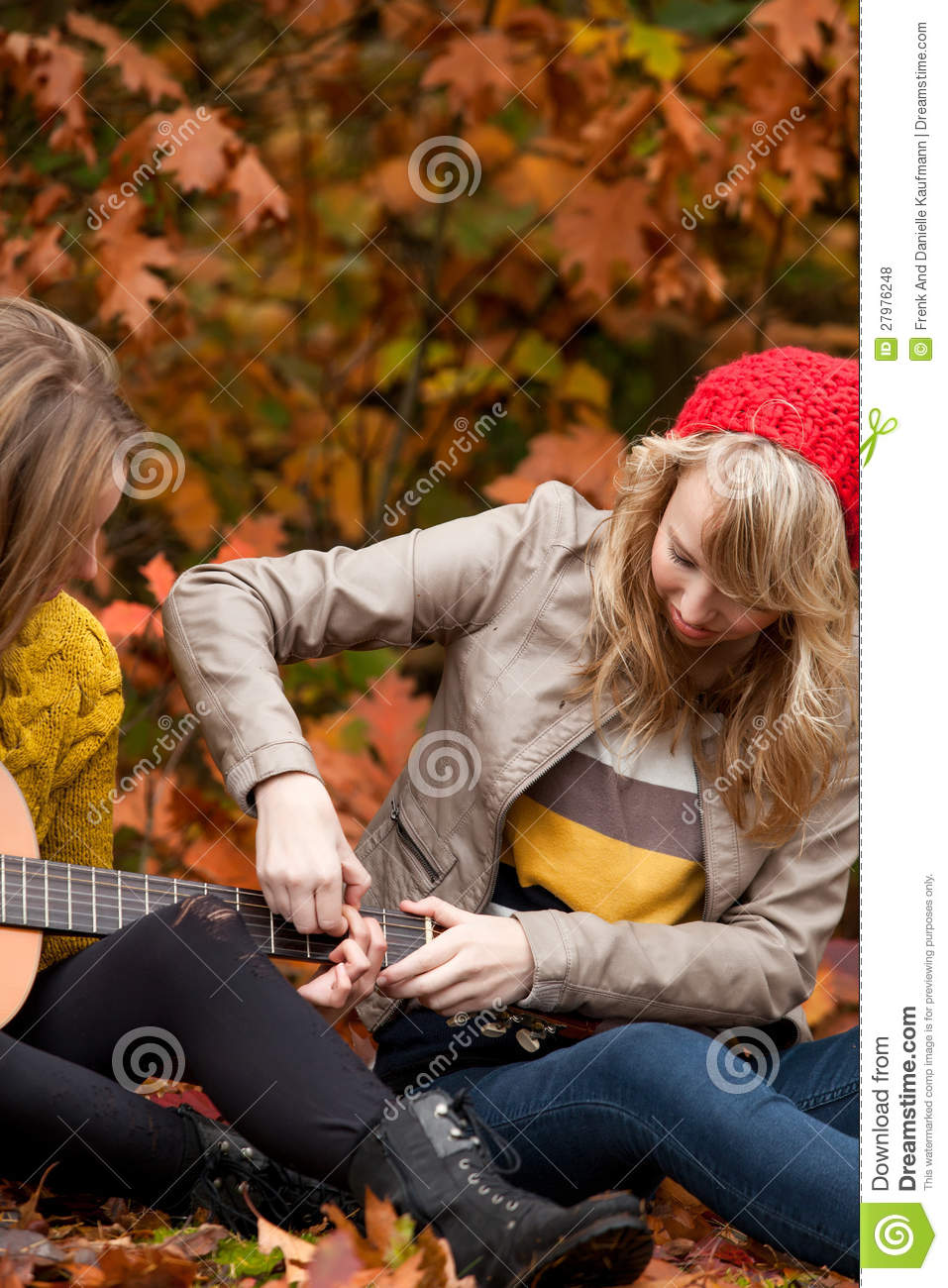Learning playing guitar