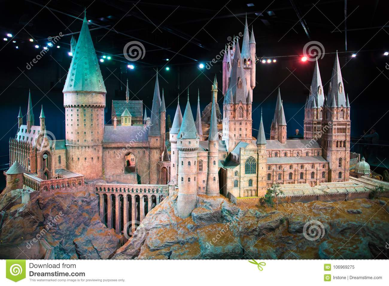 London Uk Hogwarts School Of Witchcraft And Wizardry Model