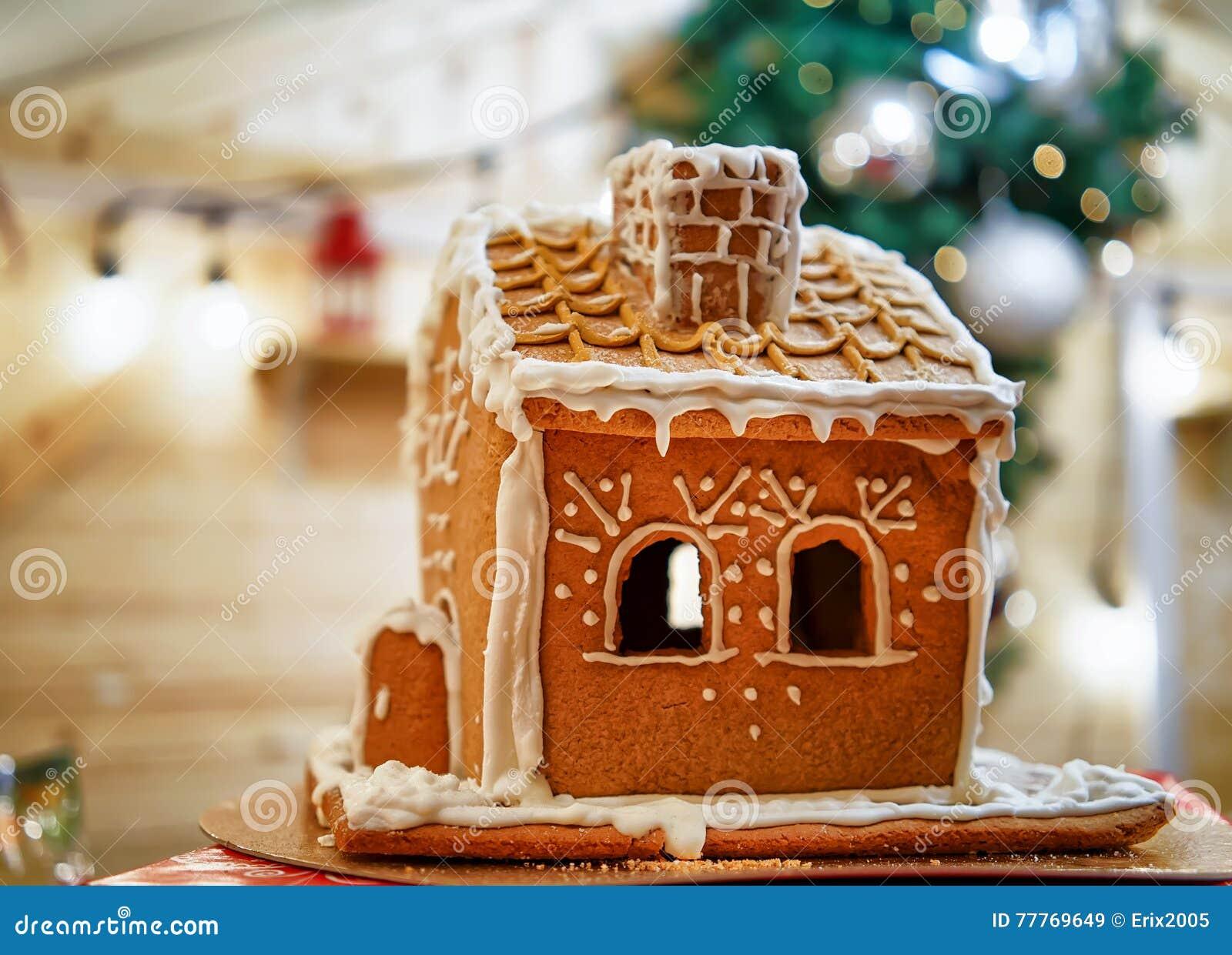 Weihnachtsmarkt Anfang.Lebkuchenhaus Am Vilnius Weihnachtsmarkt In Litauen Stockbild Bild