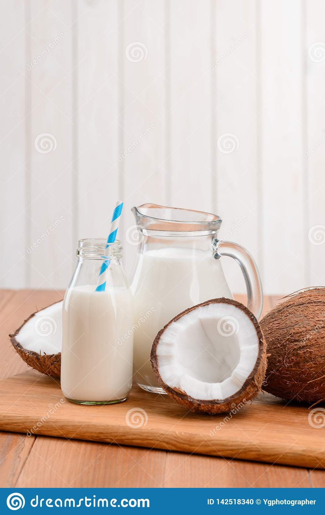 Leche sin lactosa hecha de cocos