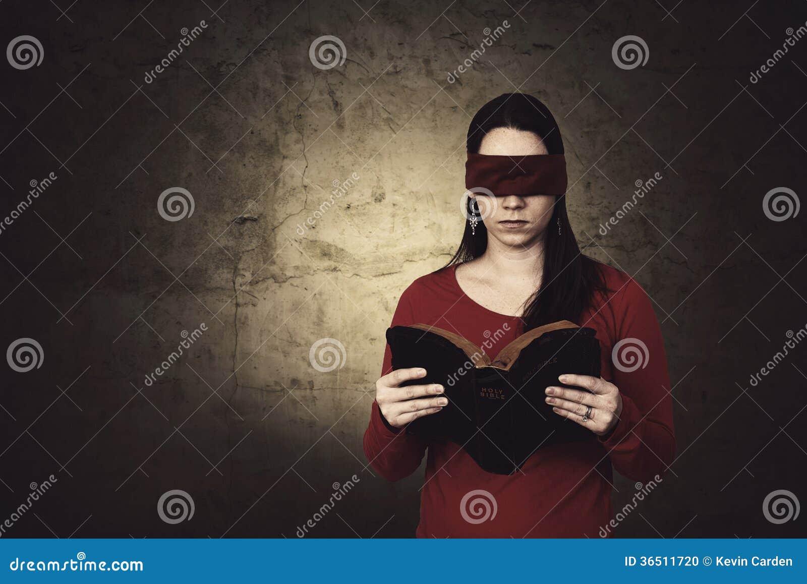 Lecture bandée les yeux de bible