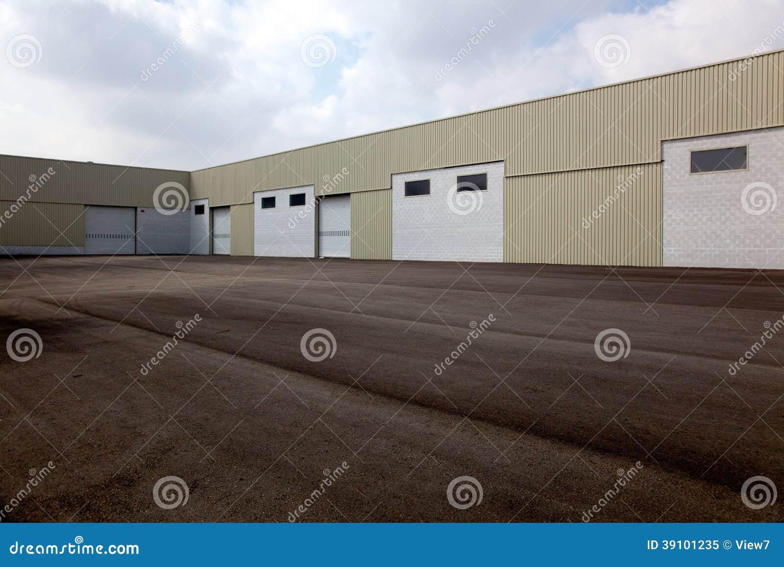 Leeg logistiekcentrum