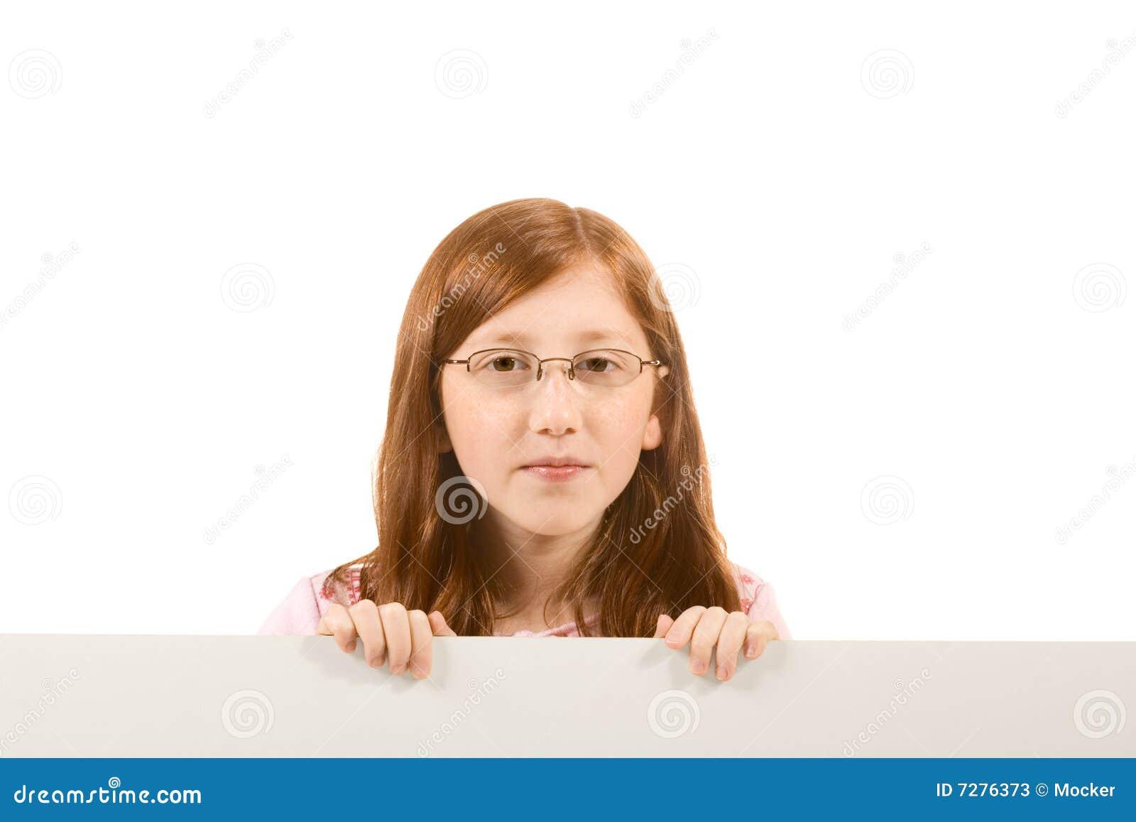 Leeg teken - rood hoofdmeisje in glazen (exemplaarruimte