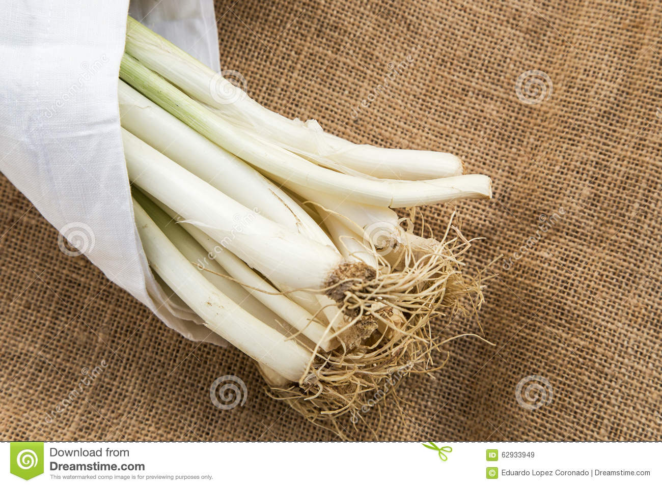 Leeks with white napkin