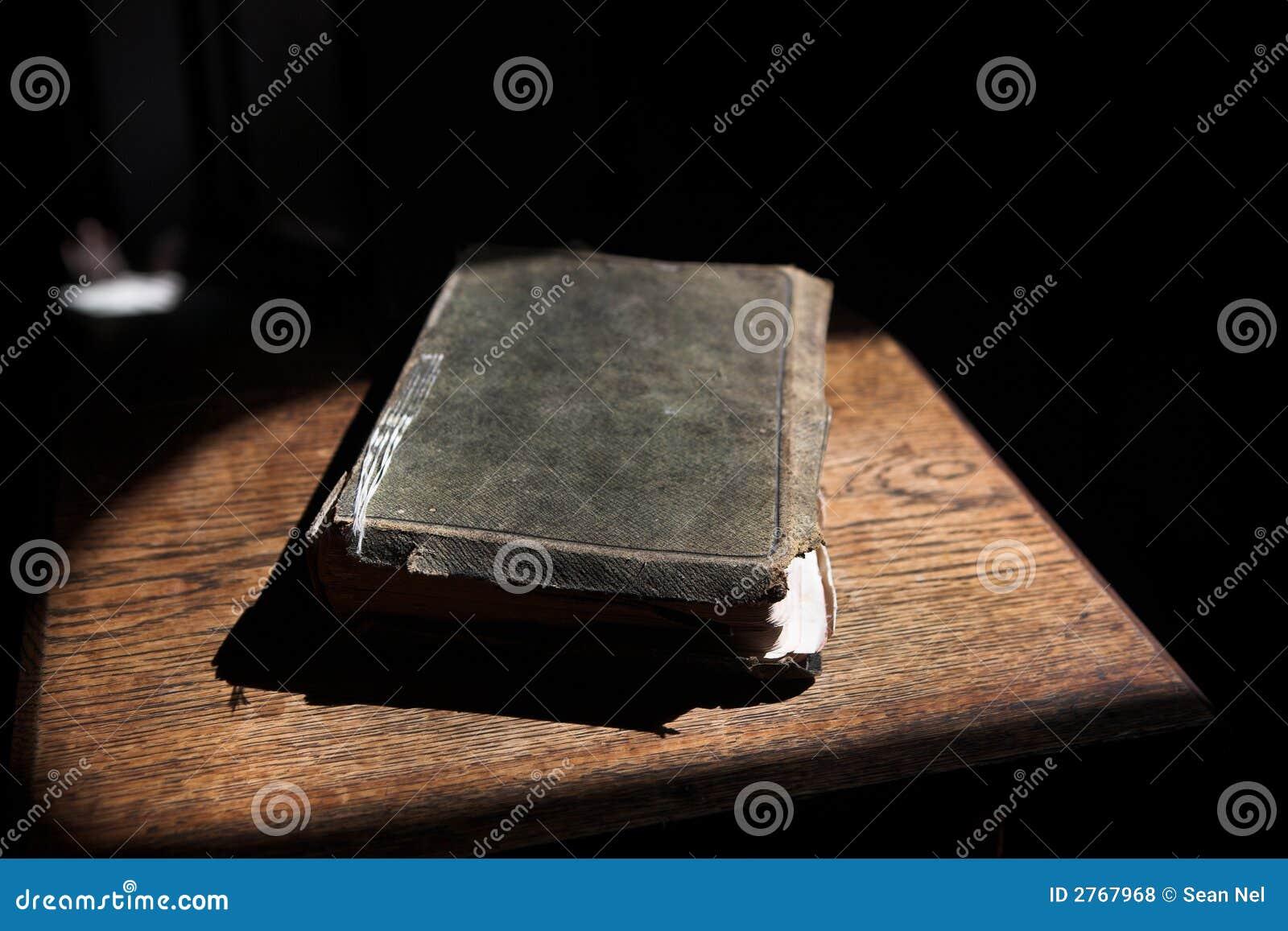 Leer behandelde bijbel