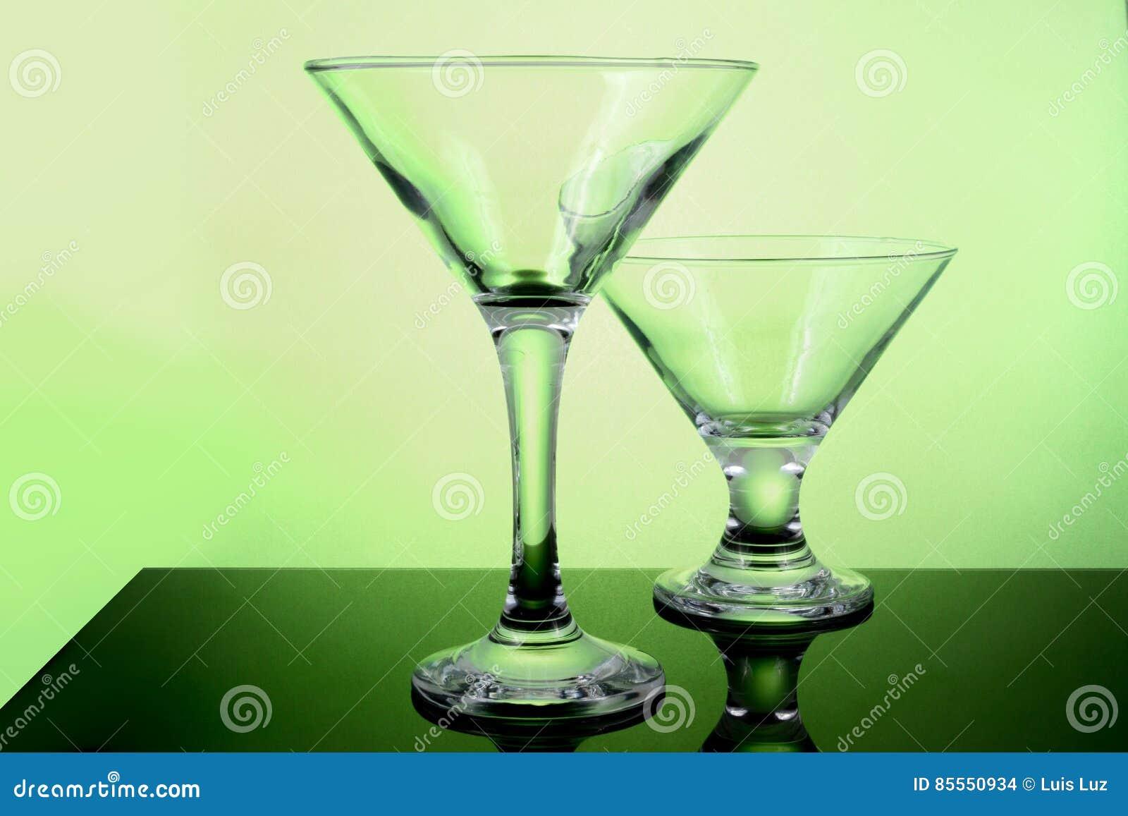 Leere Cocktailgläser