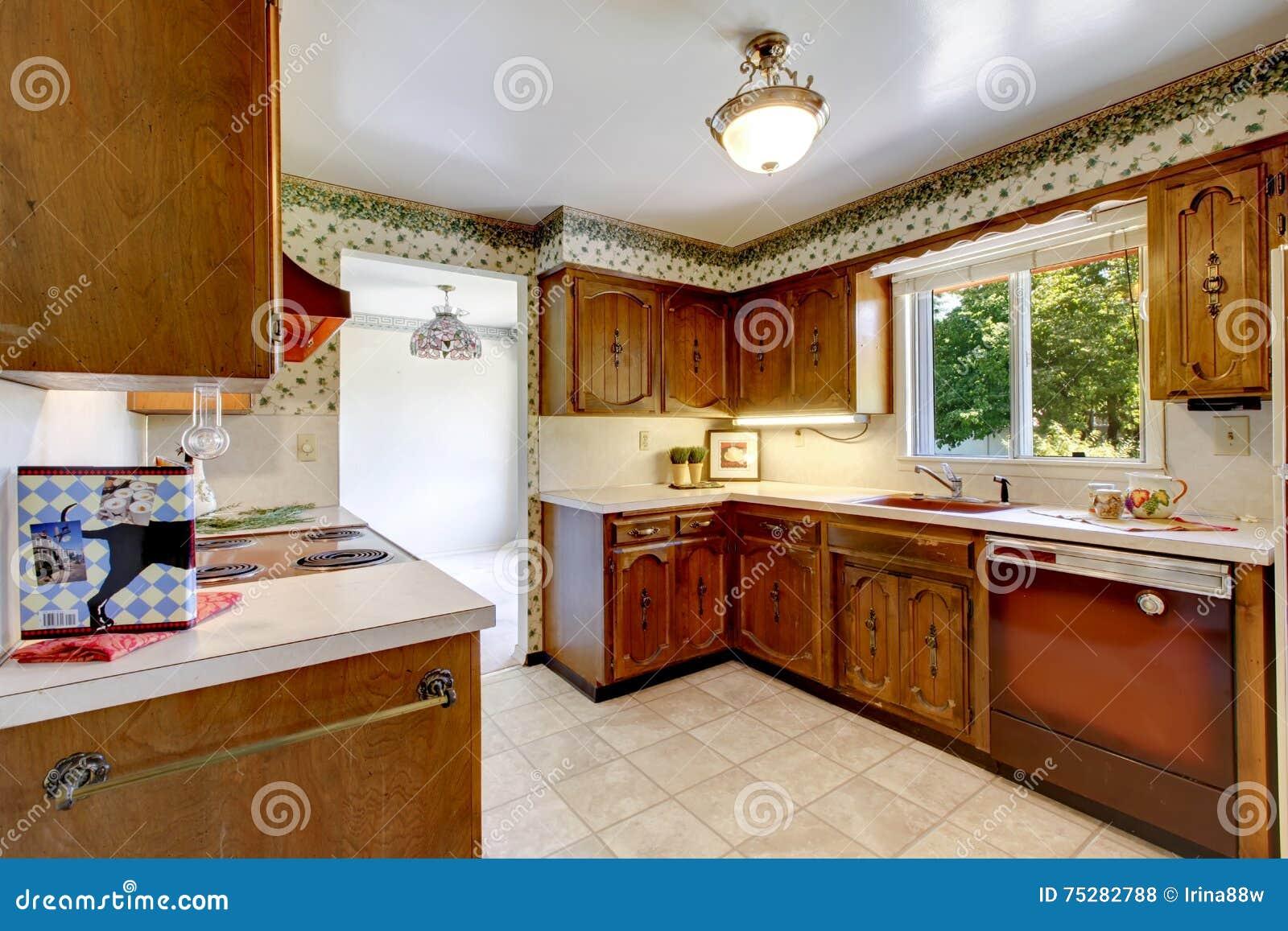 Leere Einfache Alte Küche Im Amerikanischen Wanderer Stockfoto ...