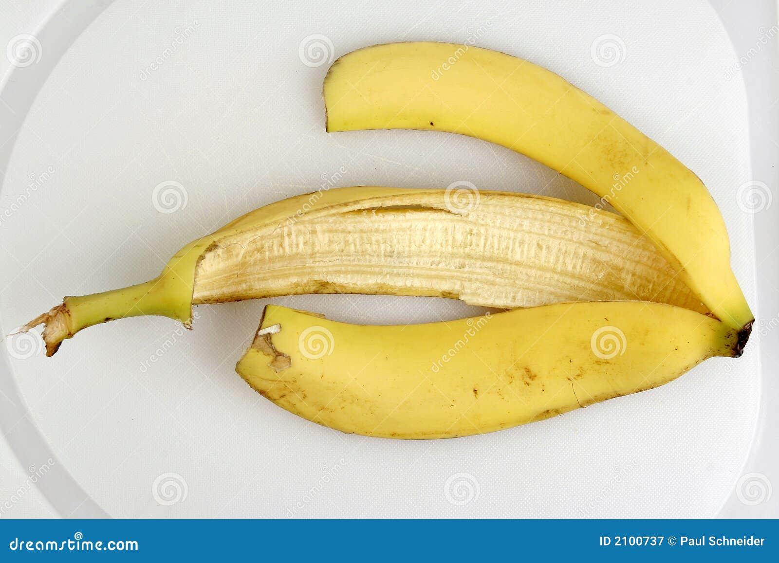 leere schale der gelben banane stockbild bild von gesund zufuhr 2100737. Black Bedroom Furniture Sets. Home Design Ideas