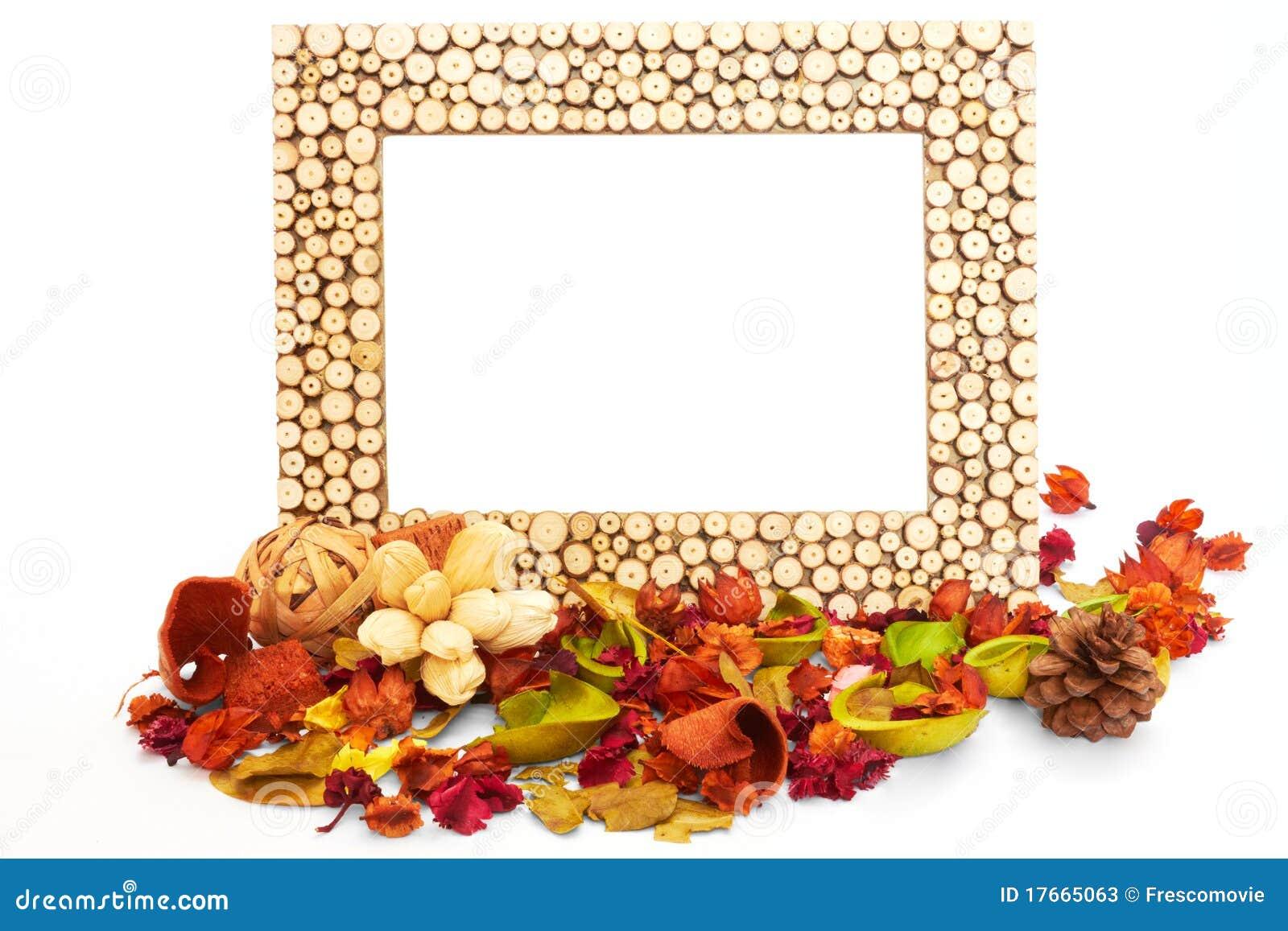 Leerer Bilderrahmen Mit Getrockneten Blumen Und Blättern Stockbild ...