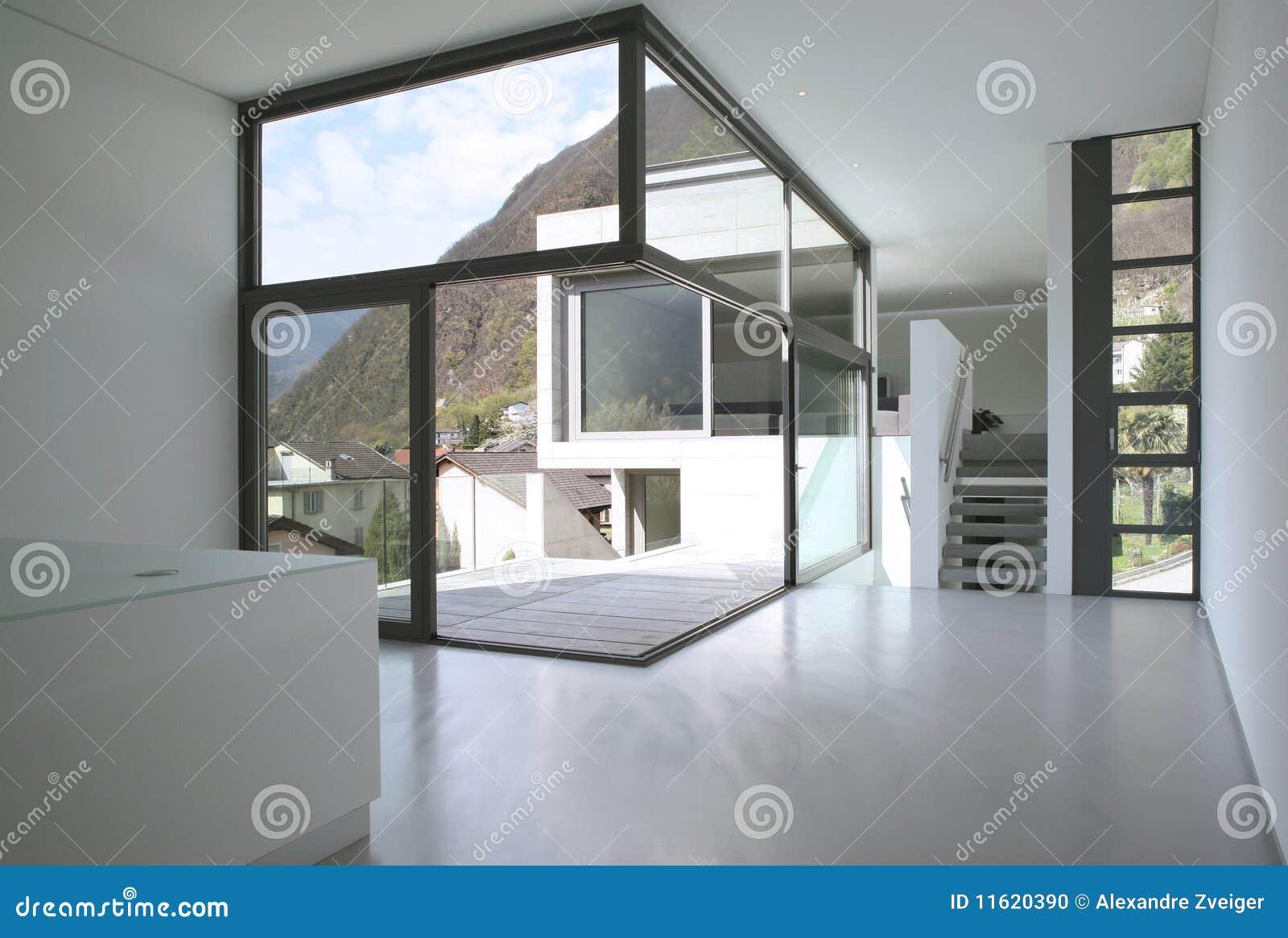 Leeres modernes haus stockfoto bild von terrasse wohnung for Modernes haus mit rotem dach
