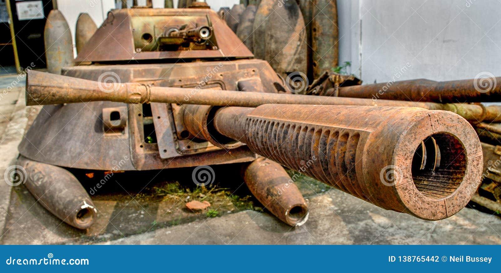 Old tank parts in Phonsavan