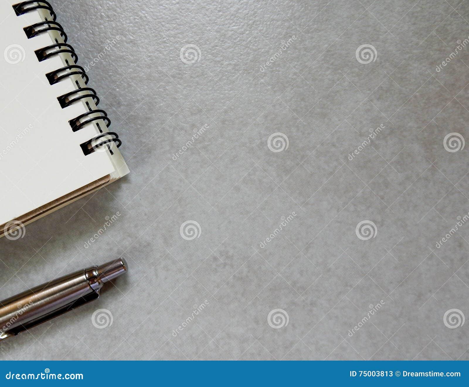 Lege document nota en pen