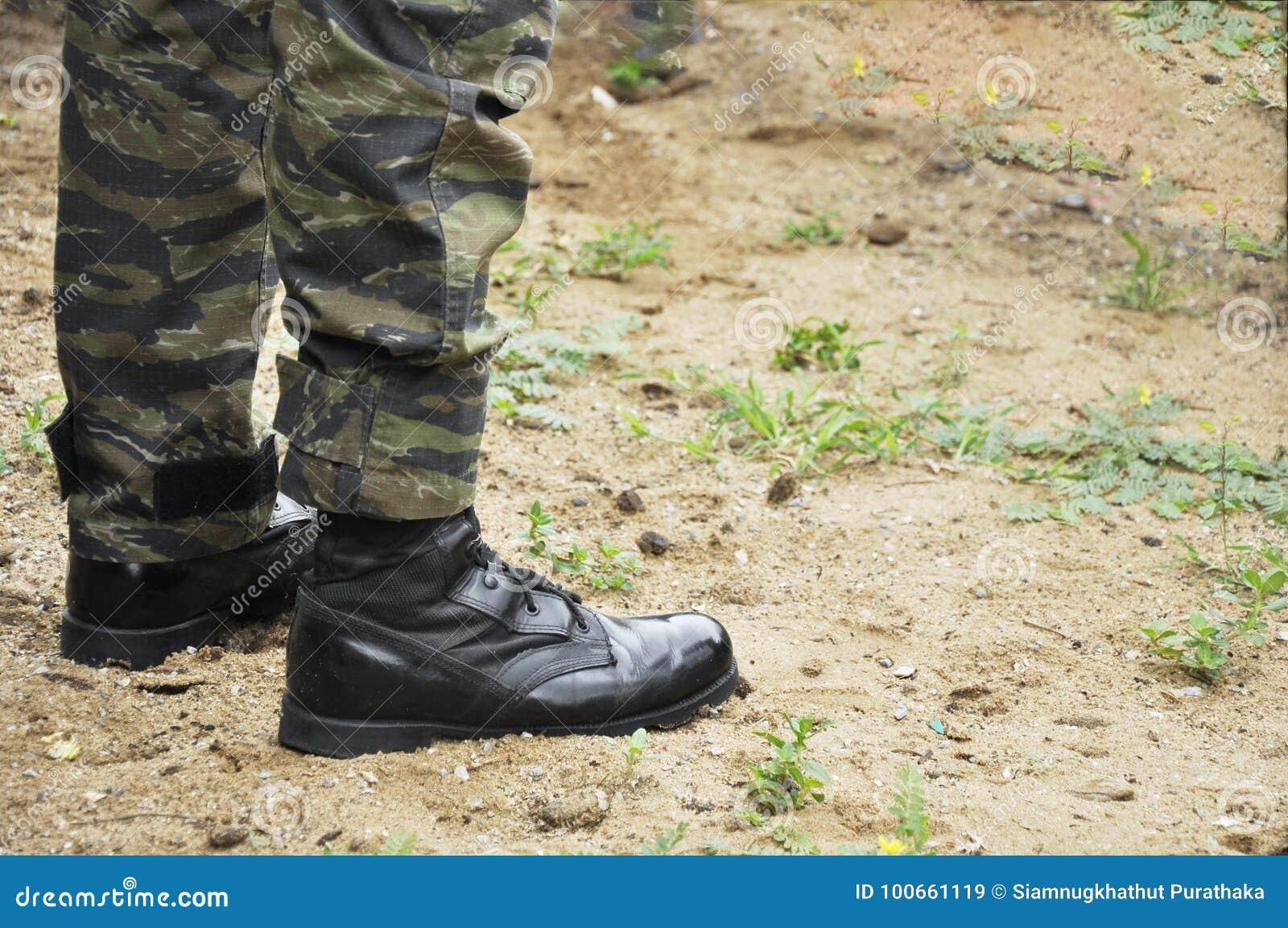 Militairslijtage Militaire Van Op LegerDe Zich Die Camouflage bym7vfg6IY