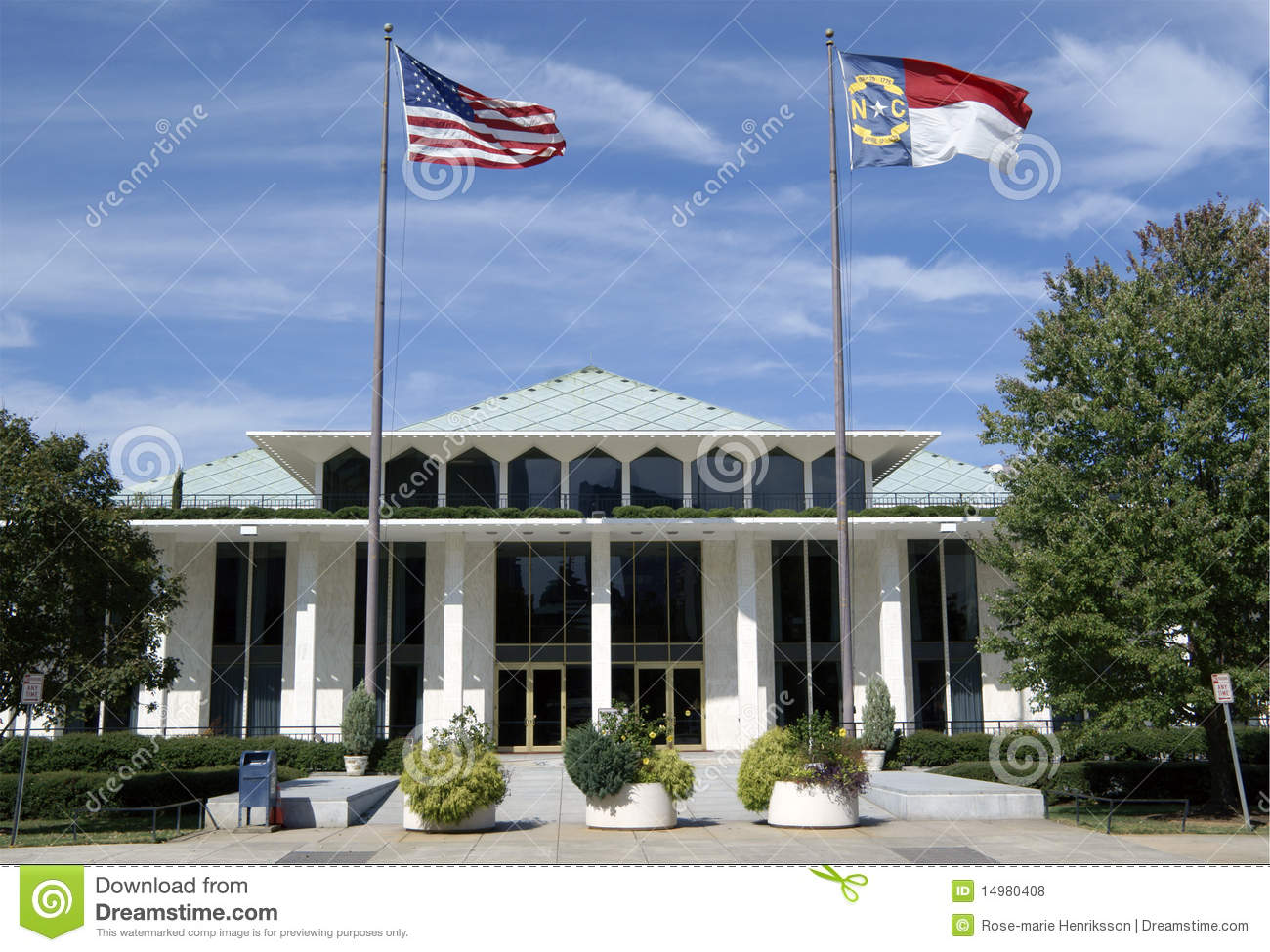 Legislative building raleigh north carolina editorial for Cost of building a house in nc