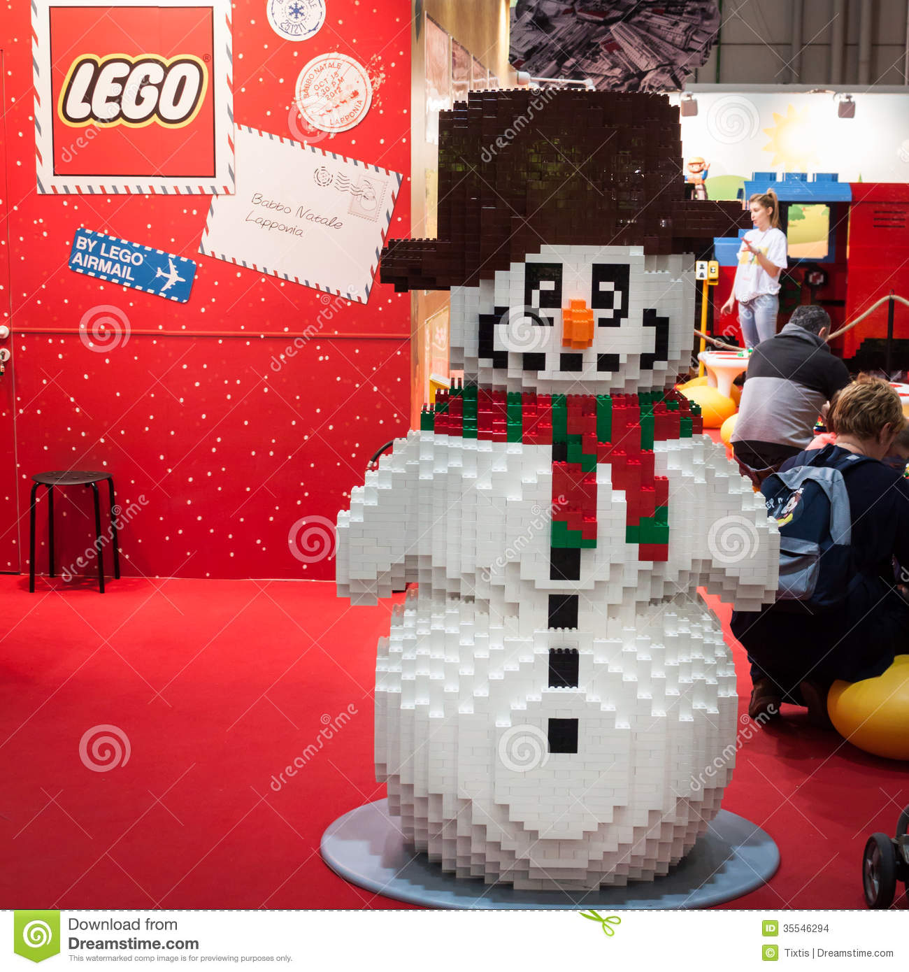 X Exhibition Stand : Lego snowman at g come giocare in milan italy editorial