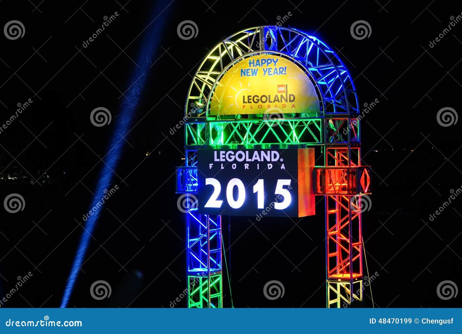 Legoland de decoratie van de 2015 nieuwjaarviering redactionele stock afbeelding afbeelding - Decoratie van de kamers van de meiden ...