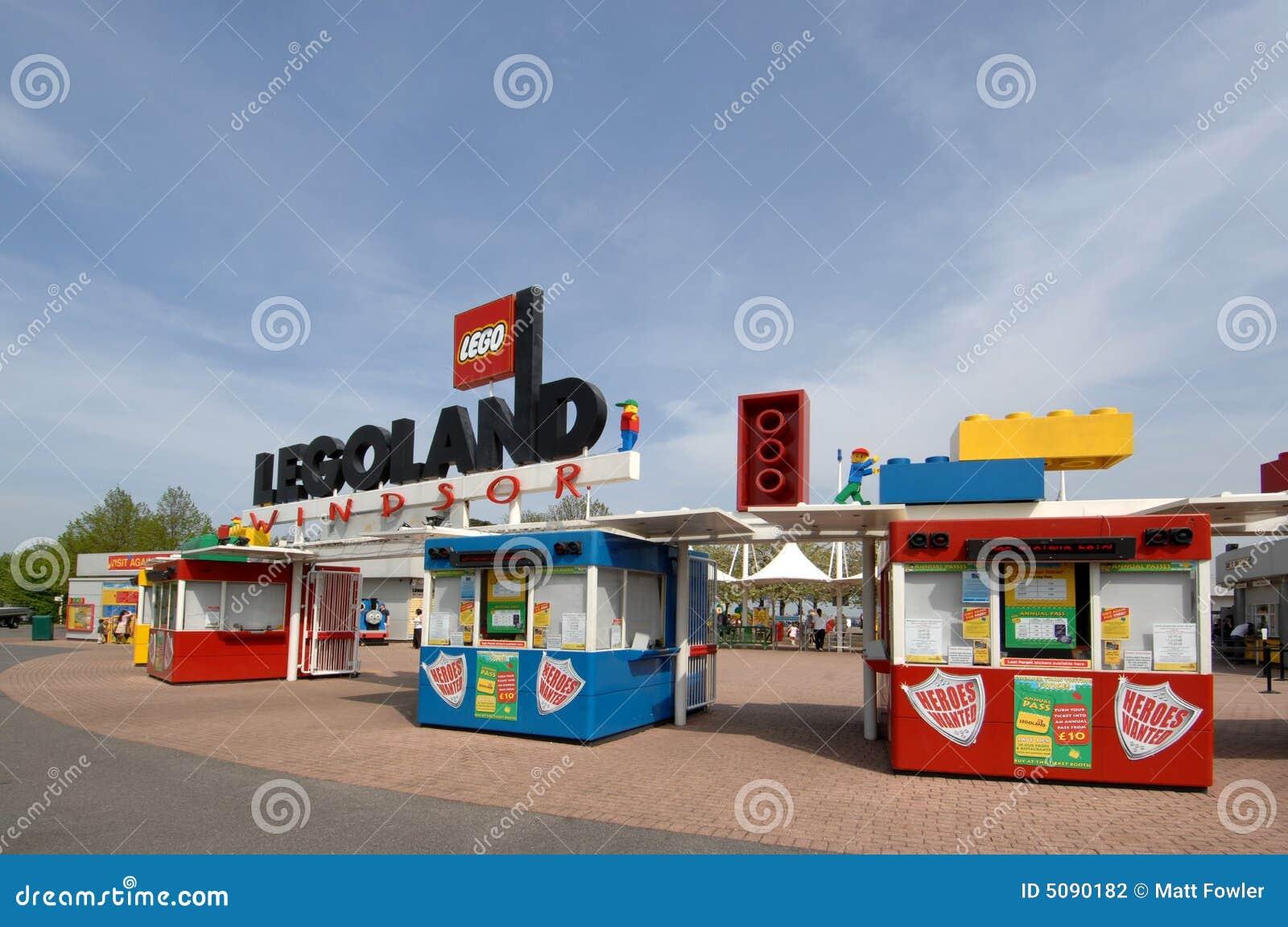 Legoland Entrance editorial photography. Image of ...