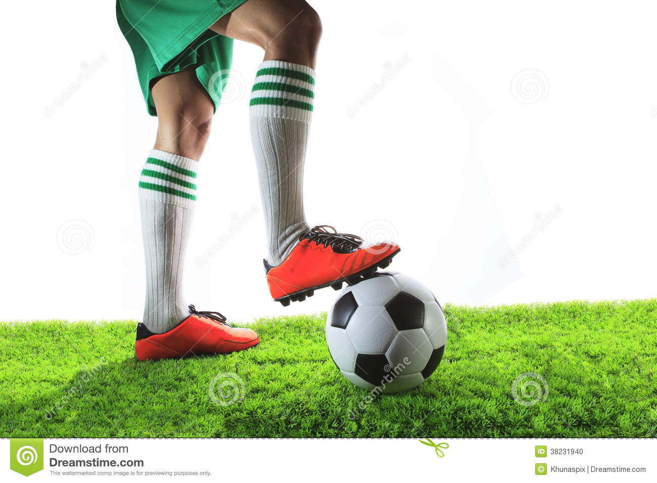 how to find space in soccer