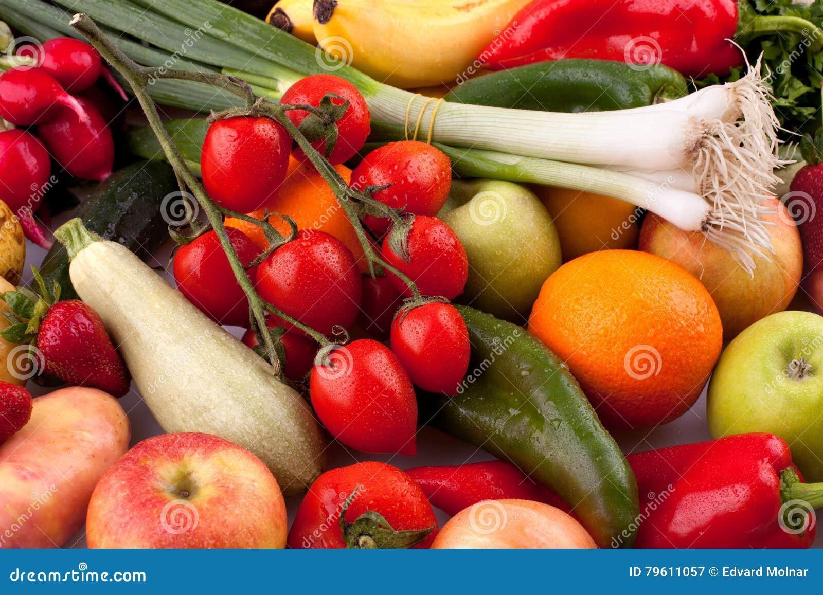Legumes frescos e frutas