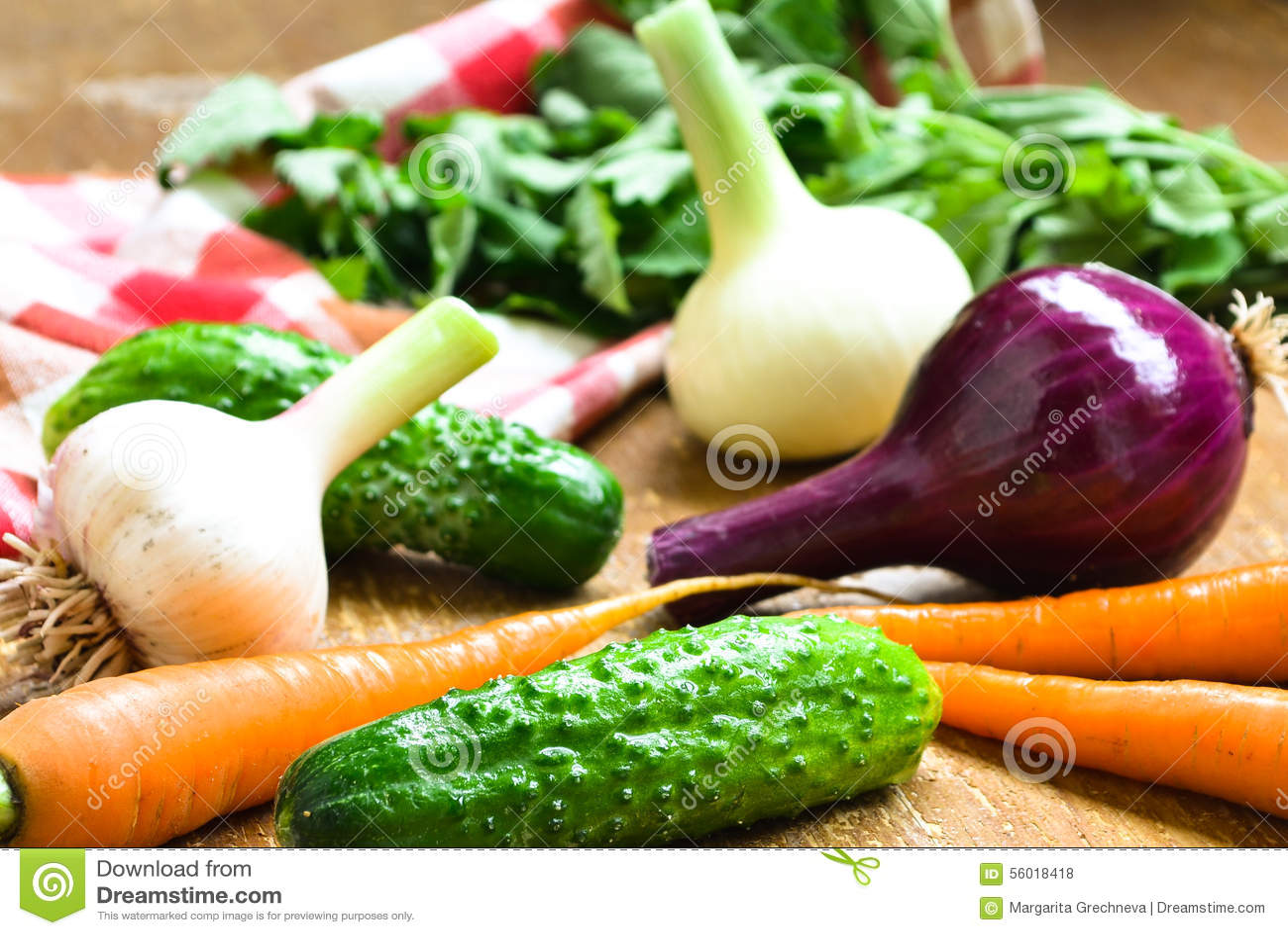 Legumes frescos na tabela