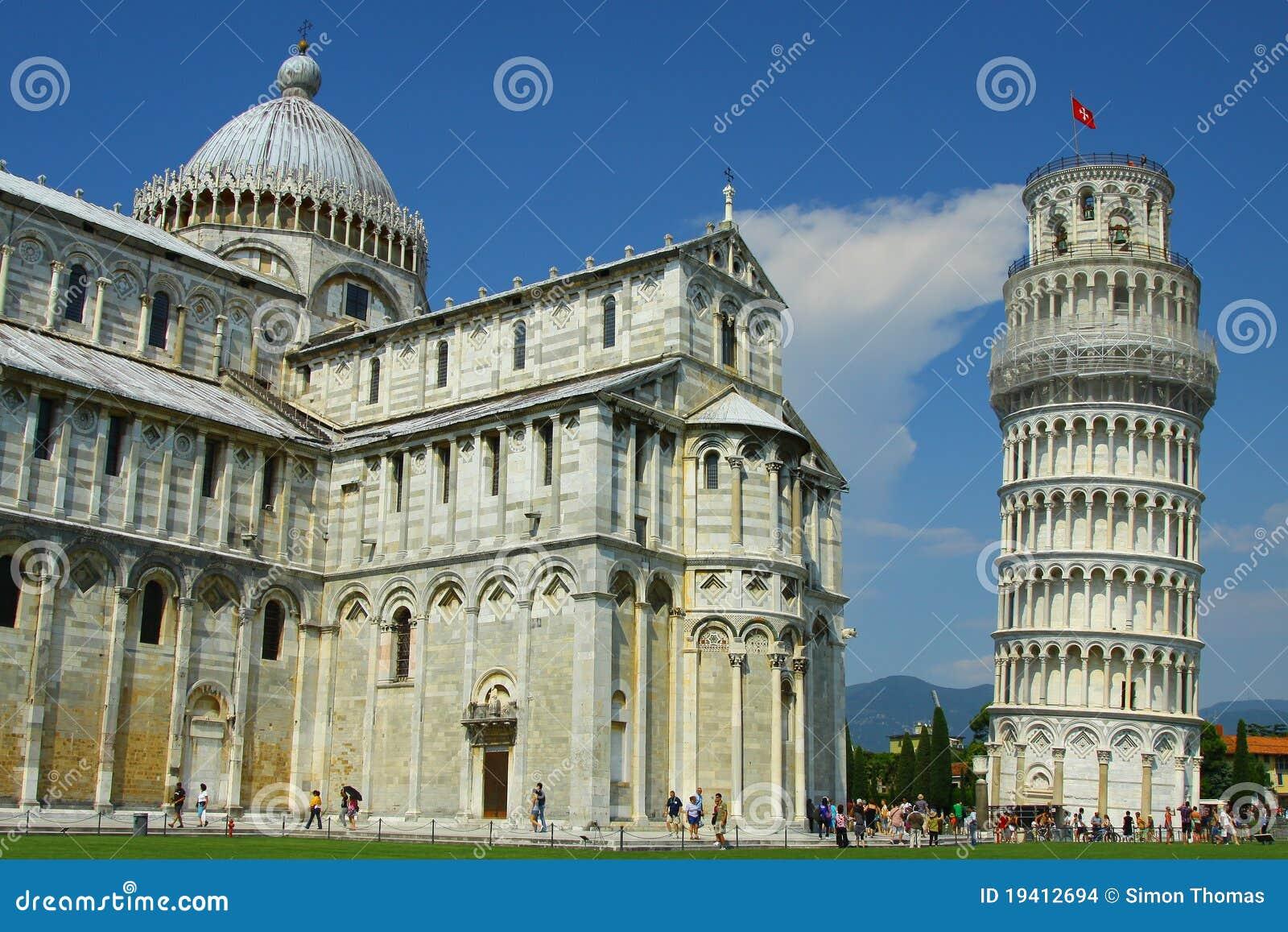 Lehnender Kontrollturm von Pisa