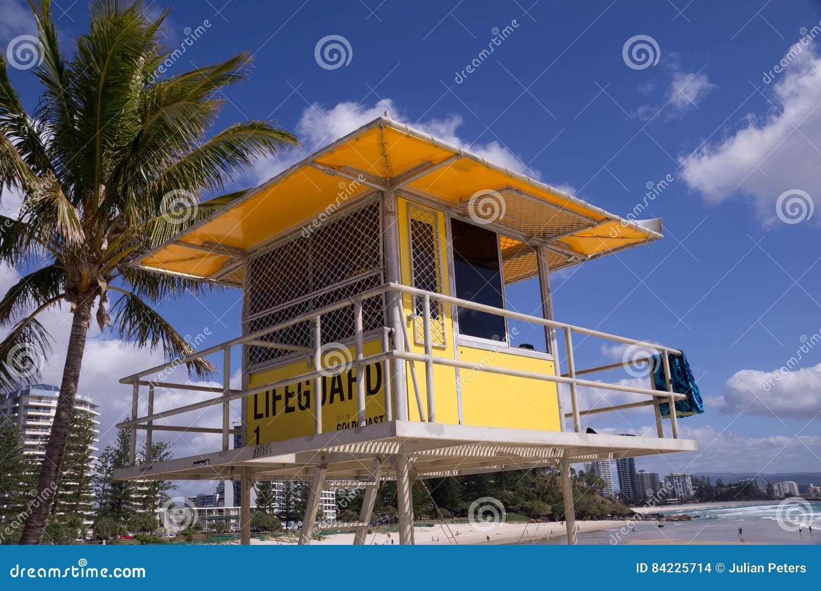 Leibwächterkontrollturm auf Strand