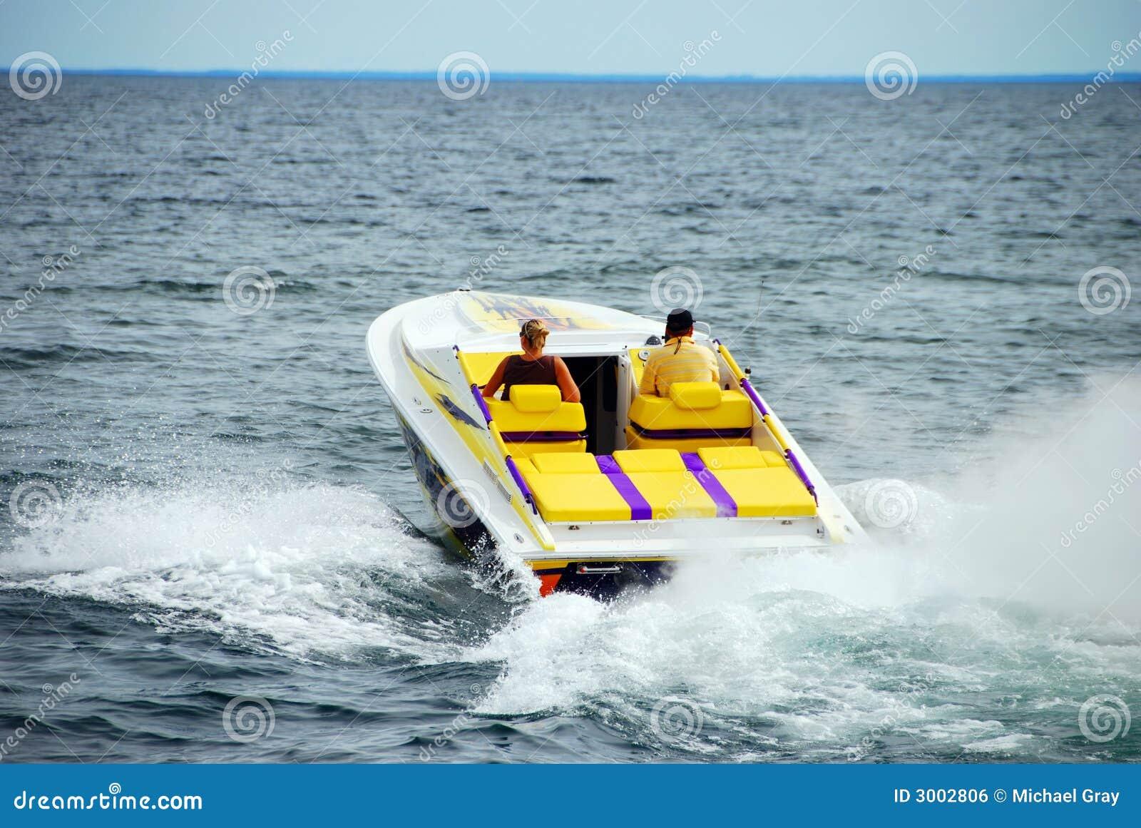 Leistung-Bootfahrt