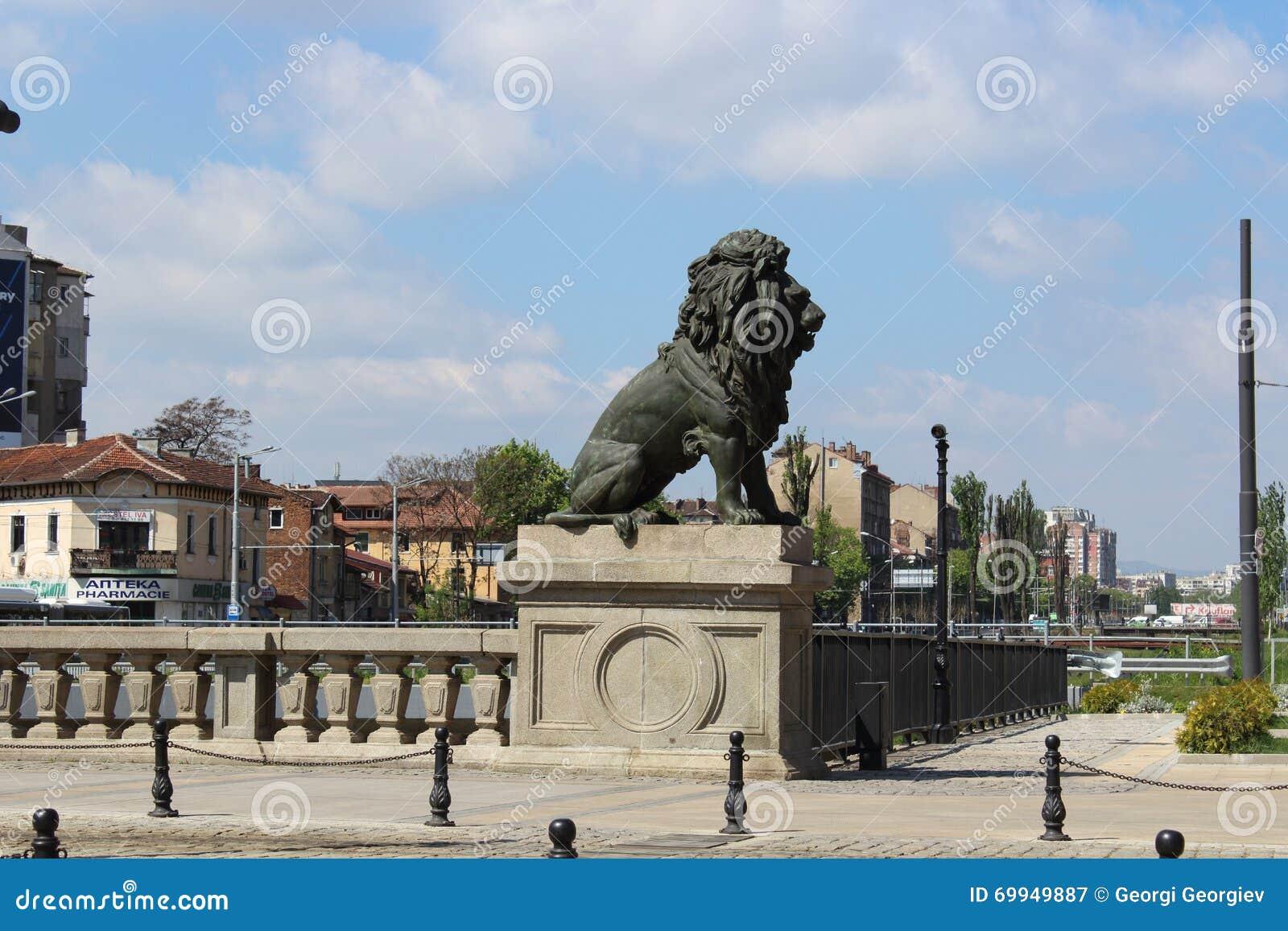Lejons bro Sofia Bulgaria
