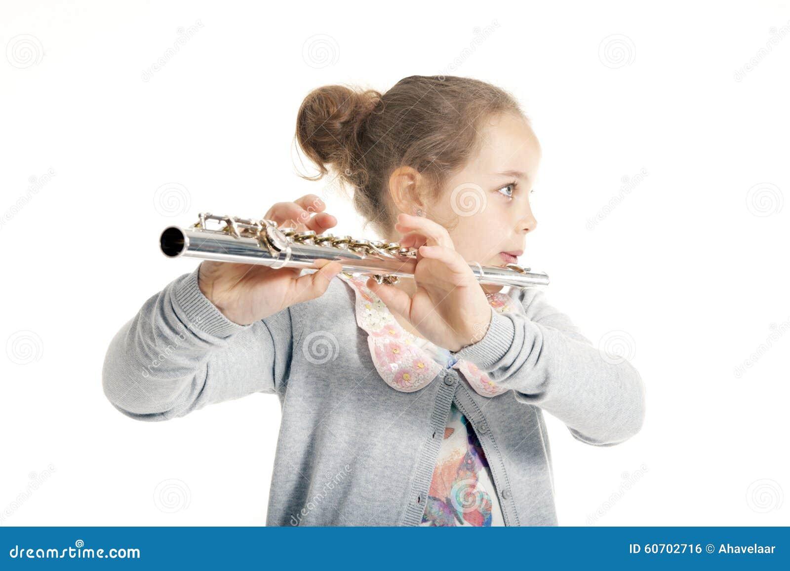 Leka barn för flöjtflicka