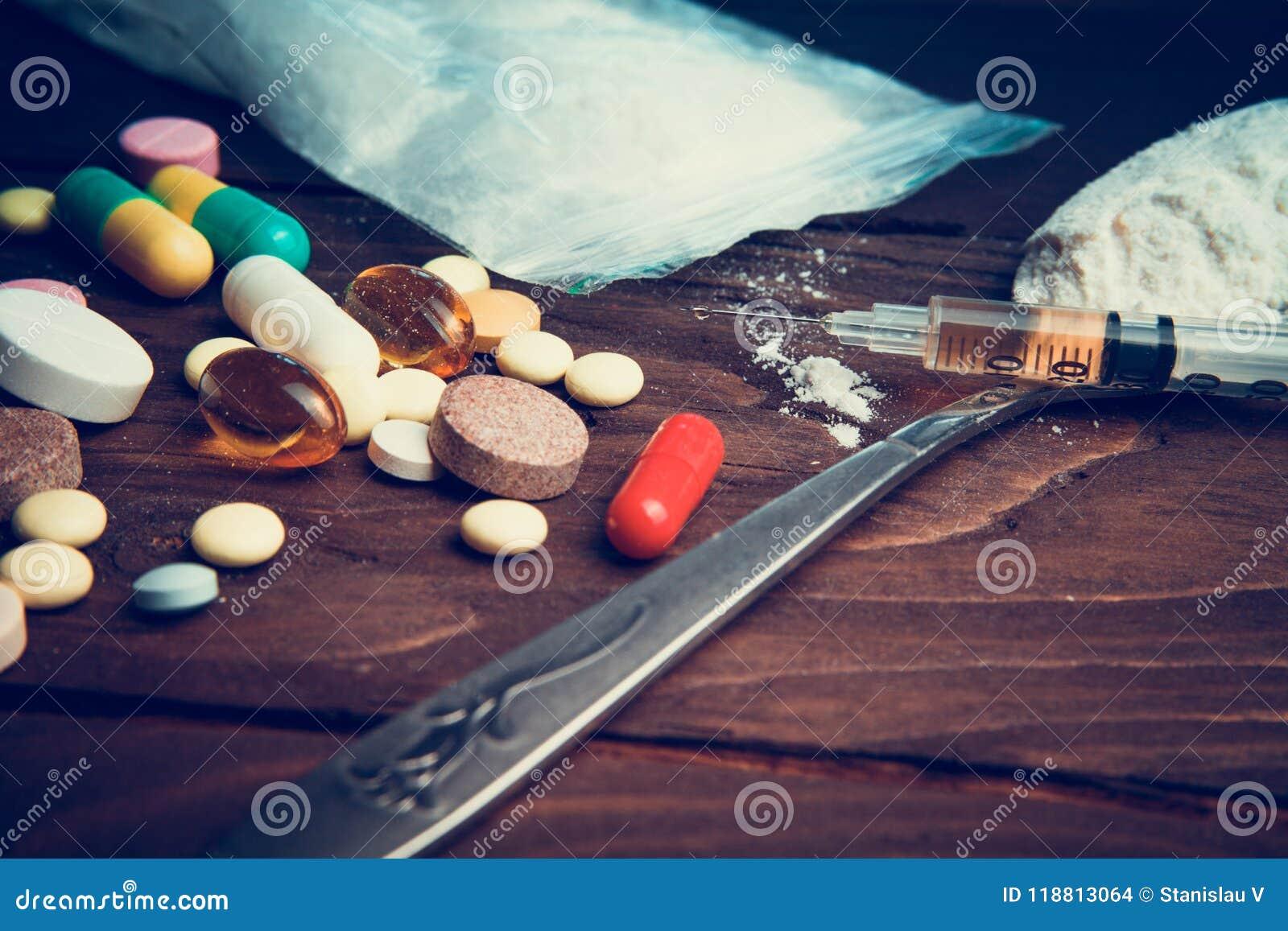 Leka pojęcie Używa nielegalnego nadużywanie narkotyków Nałóg heroina zastrzyk